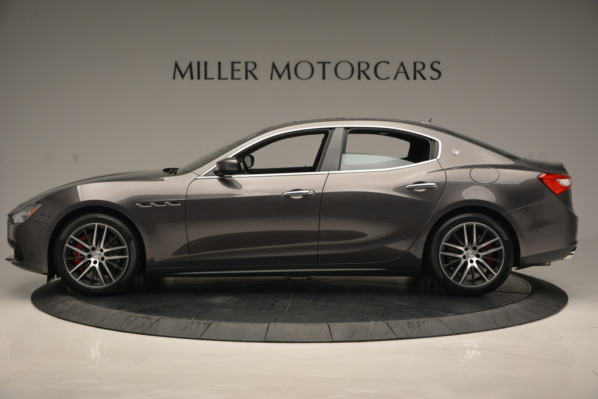 Used 2018 Maserati Ghibli S Q4 For Sale In Greenwich, CT. Alfa Romeo of Greenwich, W495 1566_p3