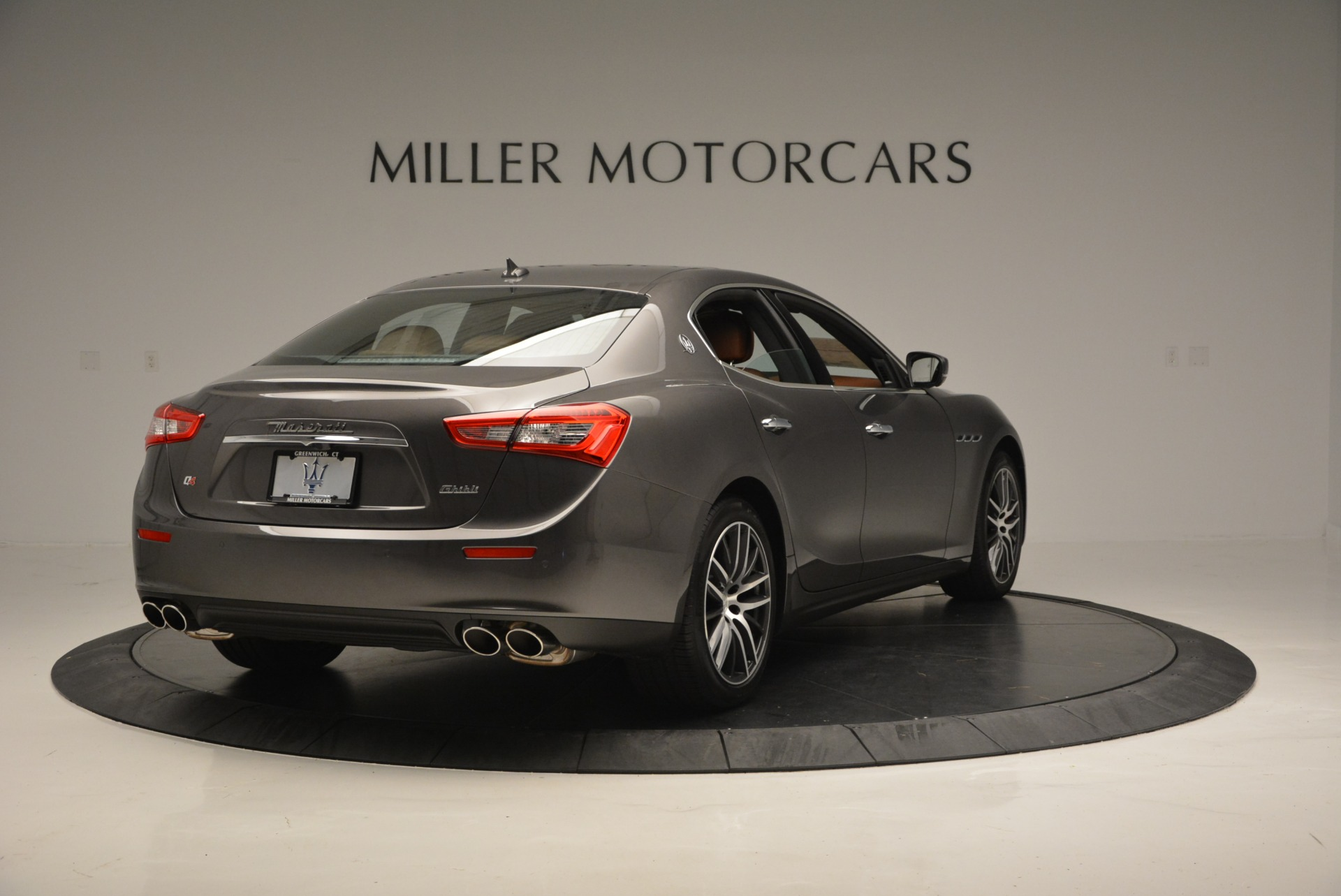 Used 2018 Maserati Ghibli S Q4 For Sale In Greenwich, CT. Alfa Romeo of Greenwich, W495 1566_p7