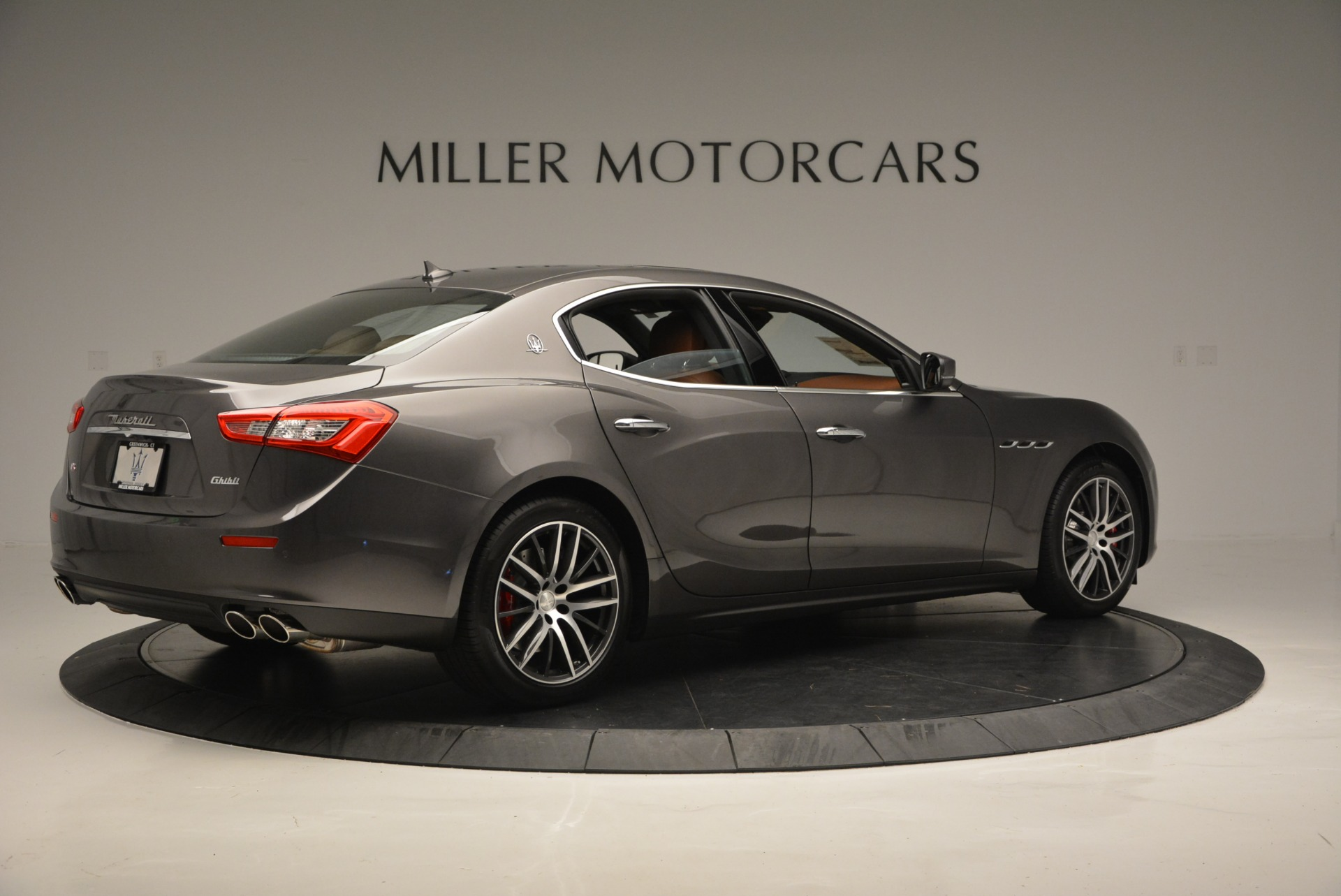 Used 2018 Maserati Ghibli S Q4 For Sale In Greenwich, CT. Alfa Romeo of Greenwich, W495 1566_p8