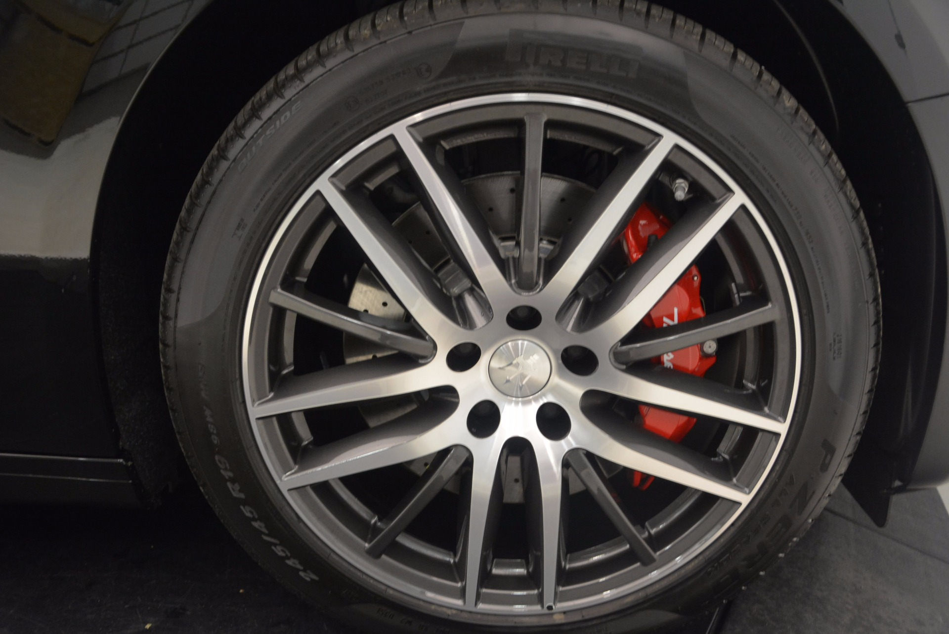 Used 2018 Maserati Ghibli S Q4 Gransport For Sale $89400 In Greenwich, CT 1568_p13