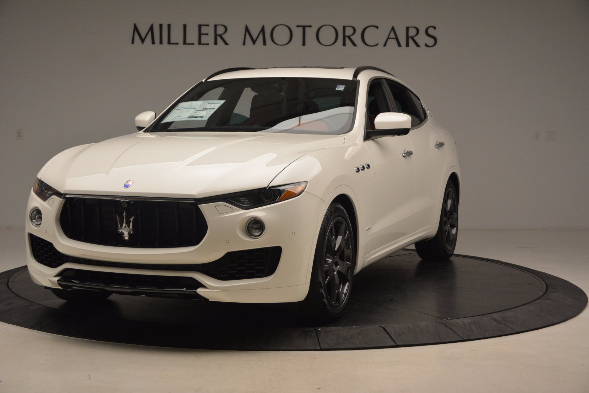 New 2018 Maserati Levante Q4 GranSport For Sale In Greenwich, CT. Alfa Romeo of Greenwich, W504 1570_main