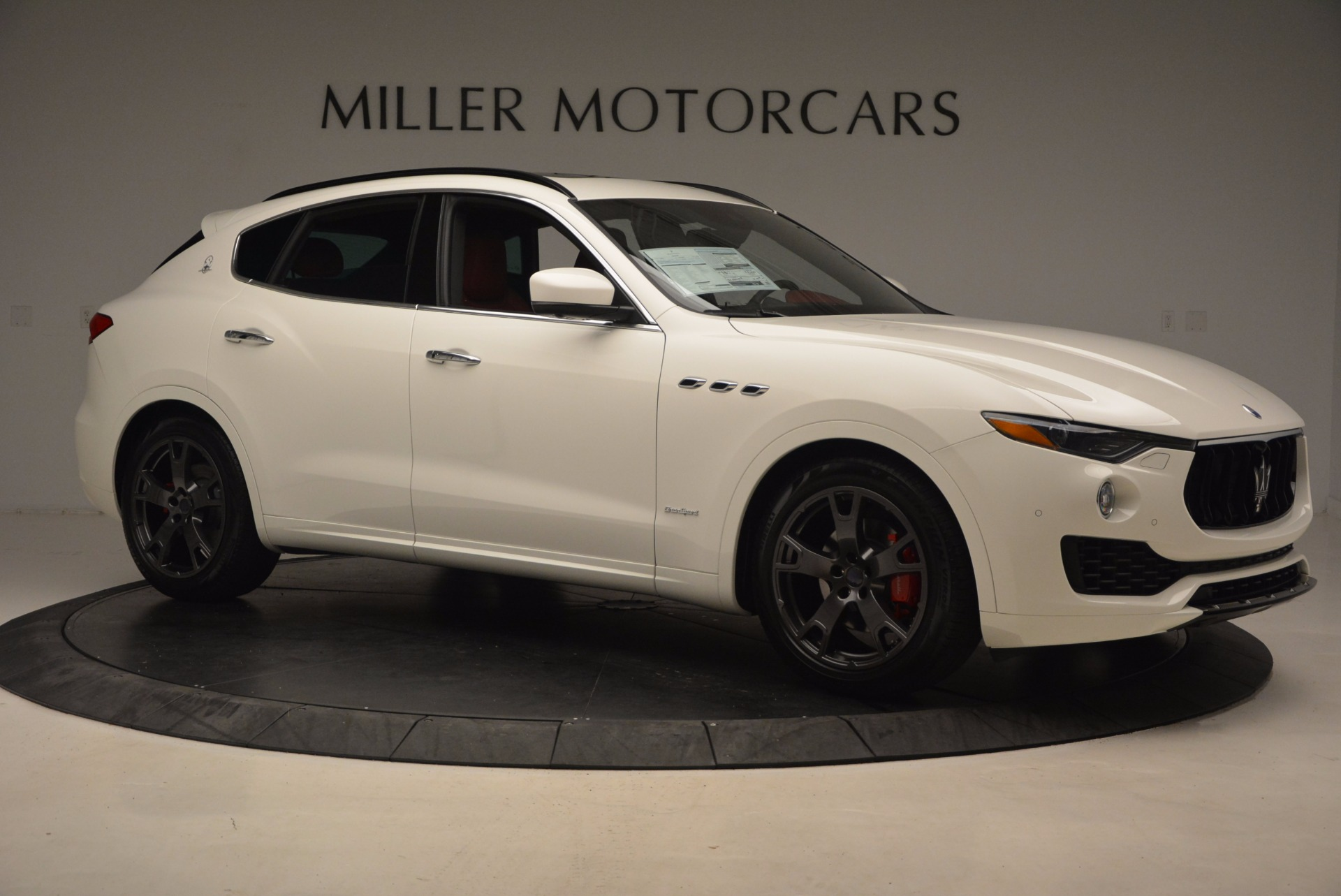 New 2018 Maserati Levante Q4 GranSport For Sale In Greenwich, CT. Alfa Romeo of Greenwich, W504 1570_p10