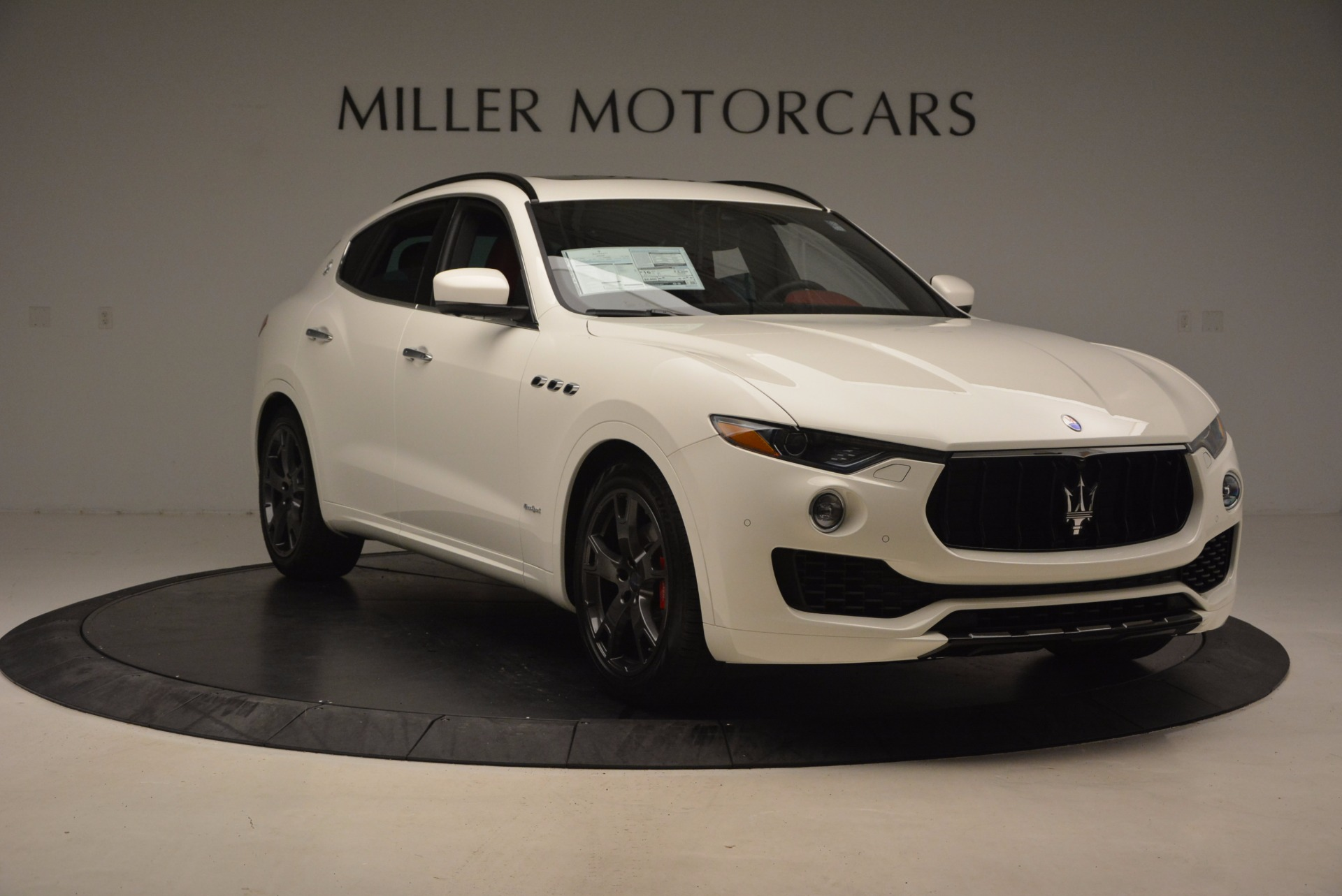 New 2018 Maserati Levante Q4 GranSport For Sale In Greenwich, CT. Alfa Romeo of Greenwich, W504 1570_p11