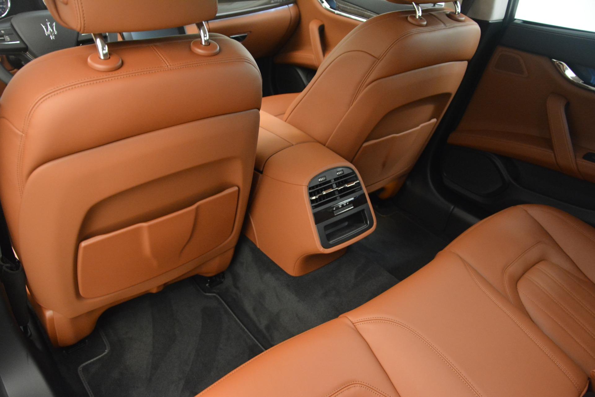 Used 2018 Maserati Quattroporte S Q4 GranLusso For Sale In Greenwich, CT. Alfa Romeo of Greenwich, W658A 1572_p17