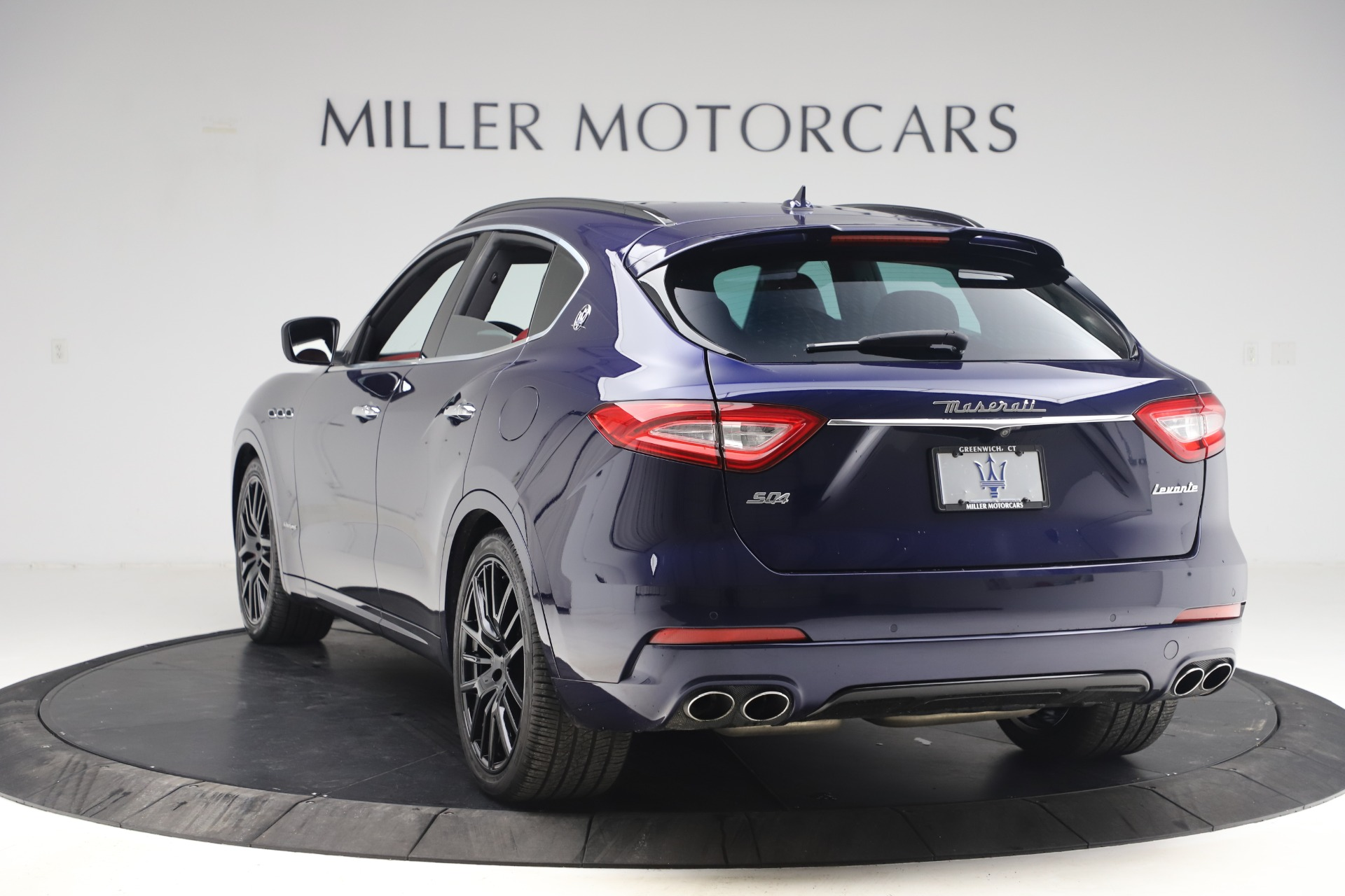 New 2018 Maserati Levante S GranSport For Sale In Greenwich, CT. Alfa Romeo of Greenwich, M1927 1575_p6