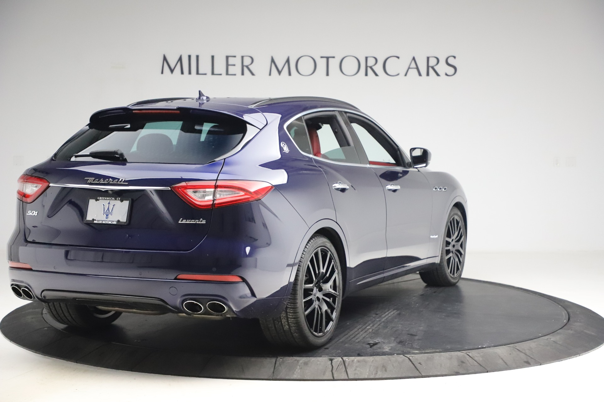 New 2018 Maserati Levante S GranSport For Sale In Greenwich, CT. Alfa Romeo of Greenwich, M1927 1575_p8