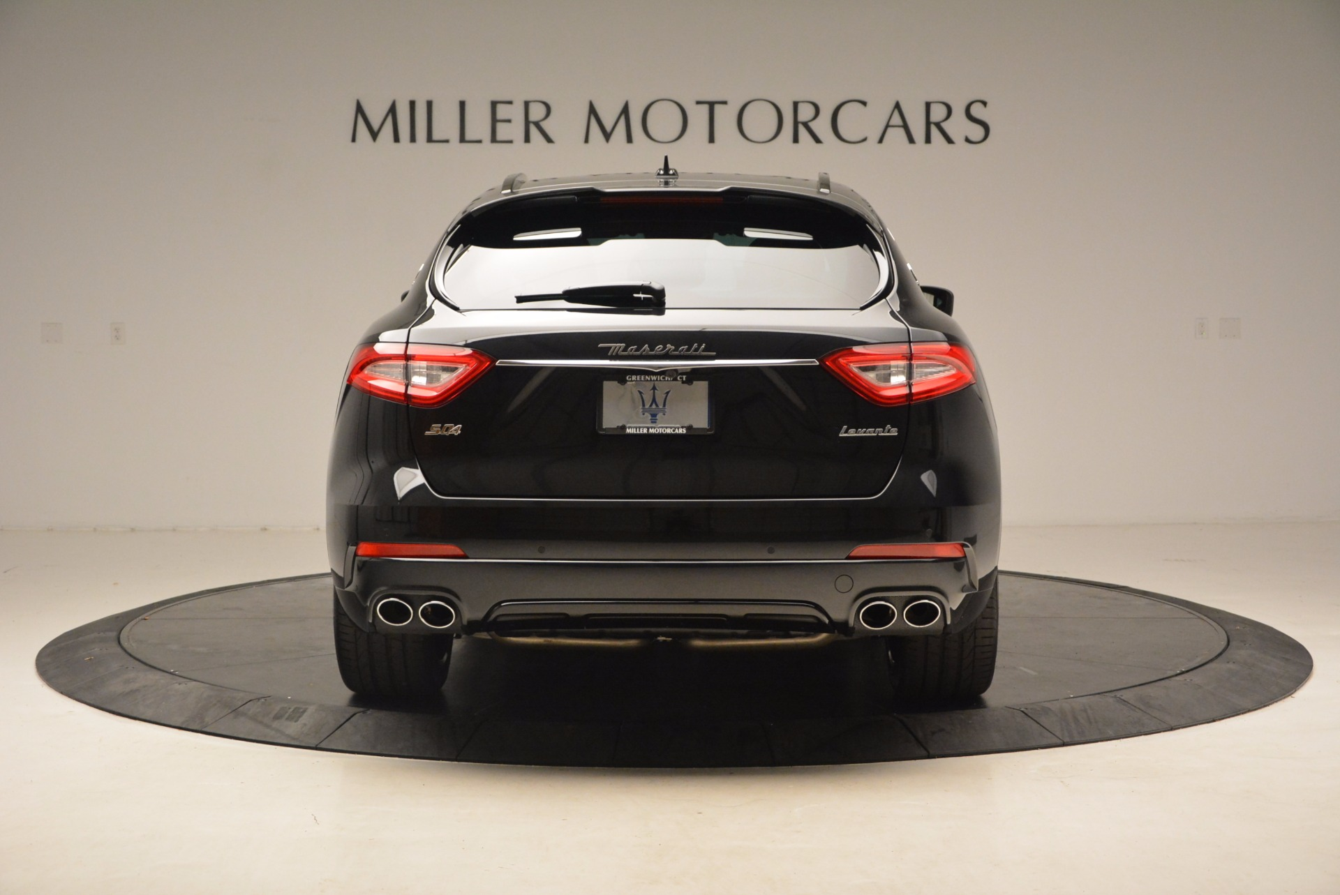 New 2018 Maserati Levante Q4 GranSport For Sale In Greenwich, CT. Alfa Romeo of Greenwich, M1929 1577_p6