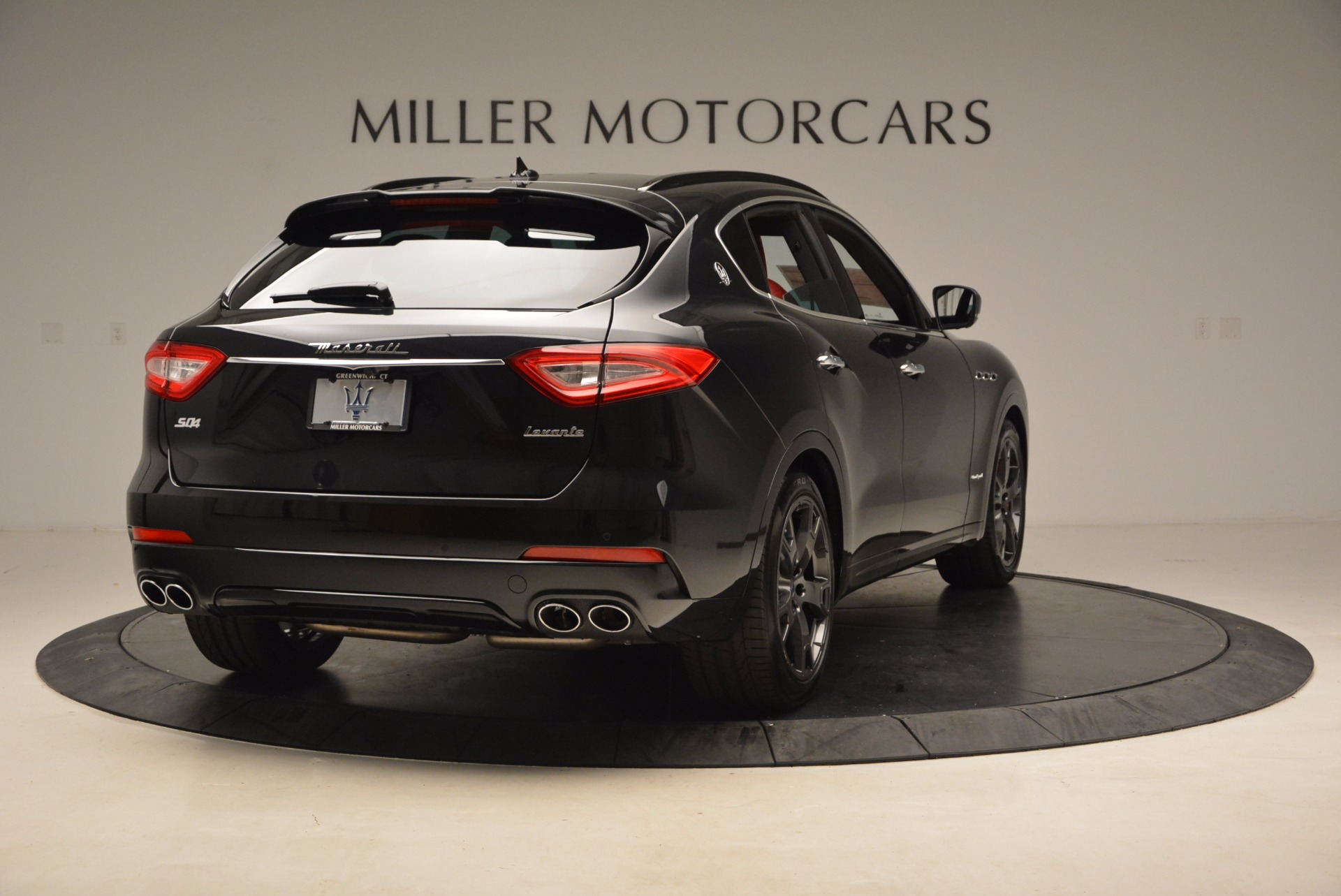 New 2018 Maserati Levante Q4 GranSport For Sale In Greenwich, CT. Alfa Romeo of Greenwich, M1929 1577_p7