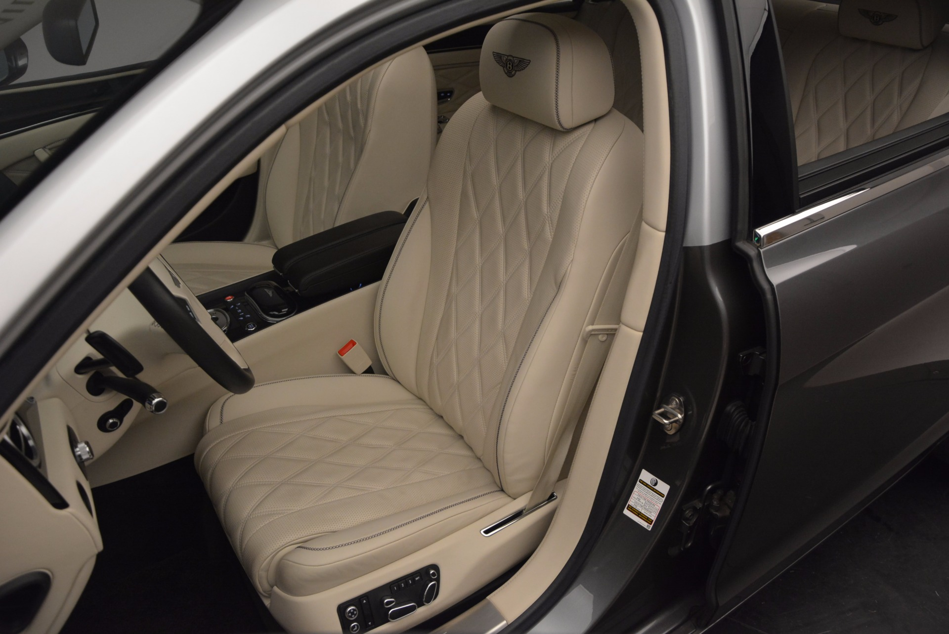 Used 2015 Bentley Flying Spur W12 For Sale In Greenwich, CT. Alfa Romeo of Greenwich, 7280 1582_p24