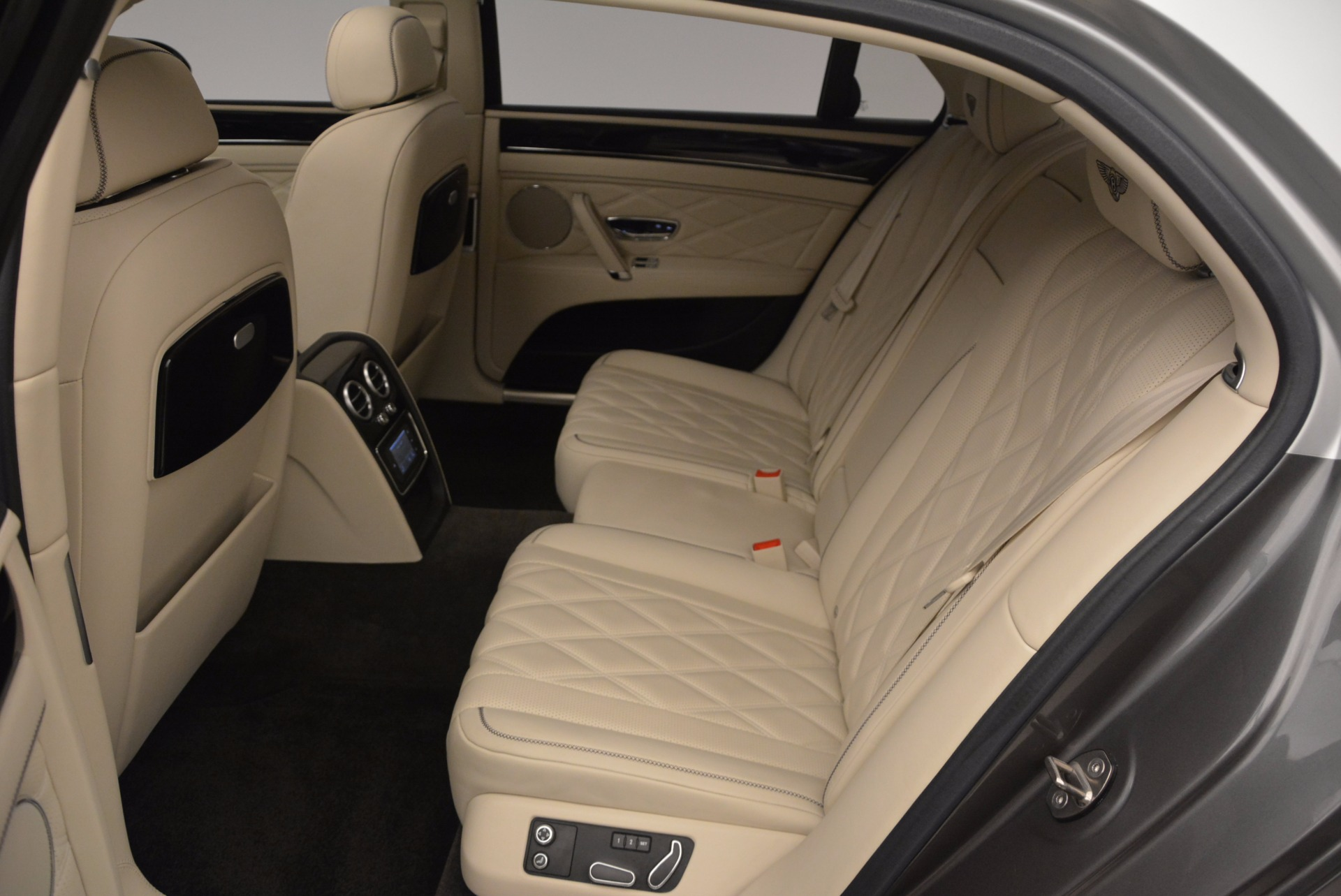 Used 2015 Bentley Flying Spur W12 For Sale In Greenwich, CT. Alfa Romeo of Greenwich, 7280 1582_p30