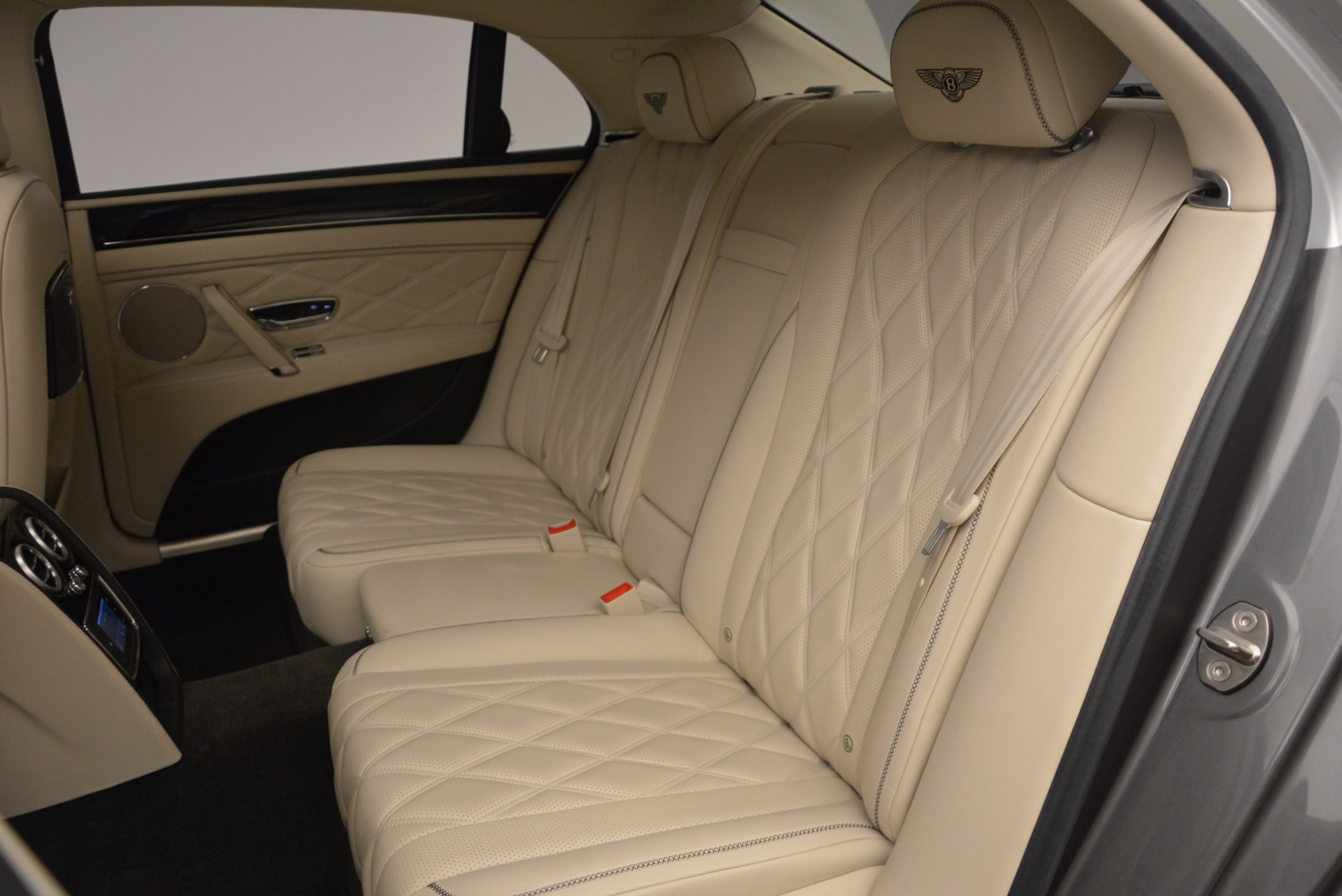 Used 2015 Bentley Flying Spur W12 For Sale In Greenwich, CT. Alfa Romeo of Greenwich, 7280 1582_p31