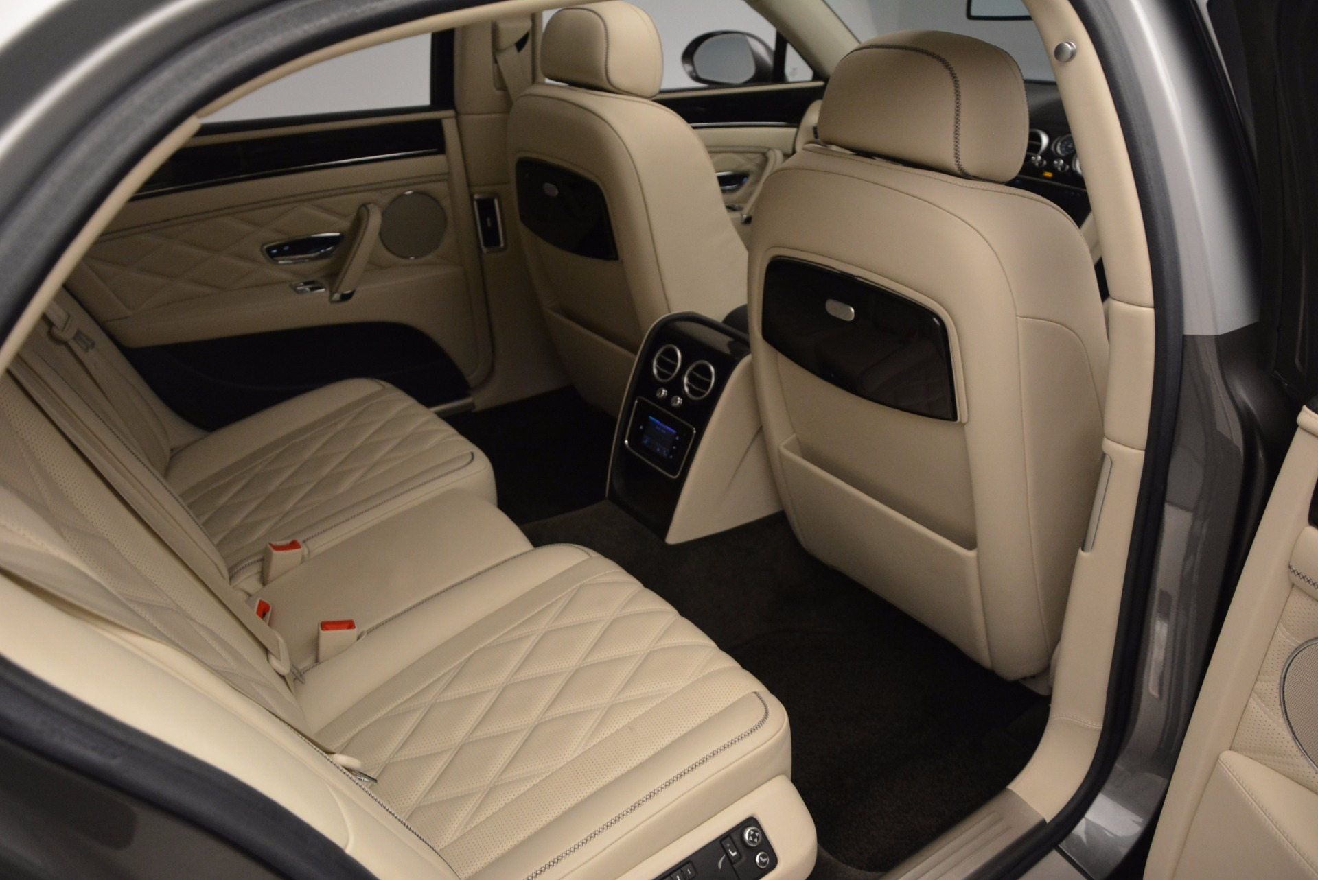Used 2015 Bentley Flying Spur W12 For Sale In Greenwich, CT. Alfa Romeo of Greenwich, 7280 1582_p34