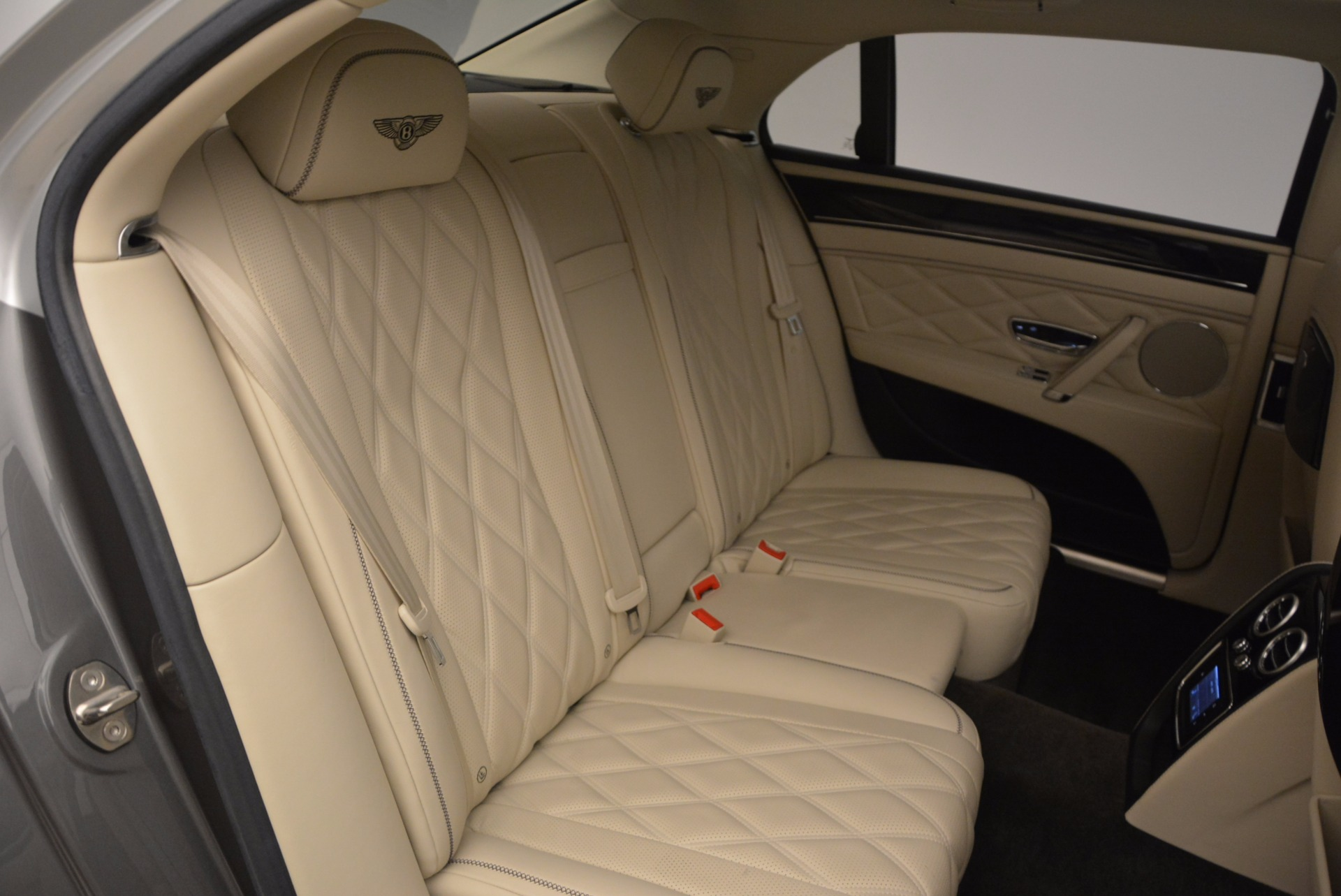 Used 2015 Bentley Flying Spur W12 For Sale In Greenwich, CT. Alfa Romeo of Greenwich, 7280 1582_p36