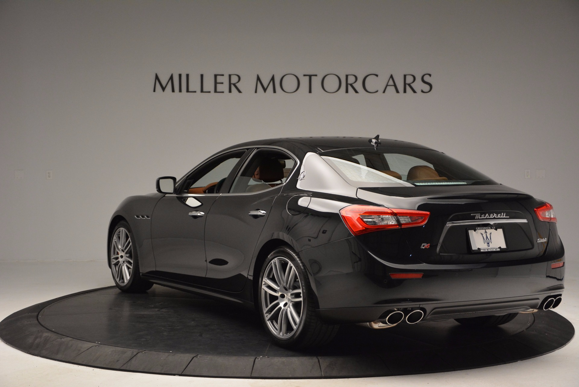 Used 2014 Maserati Ghibli S Q4 For Sale In Greenwich, CT. Alfa Romeo of Greenwich, 7281 1587_p5