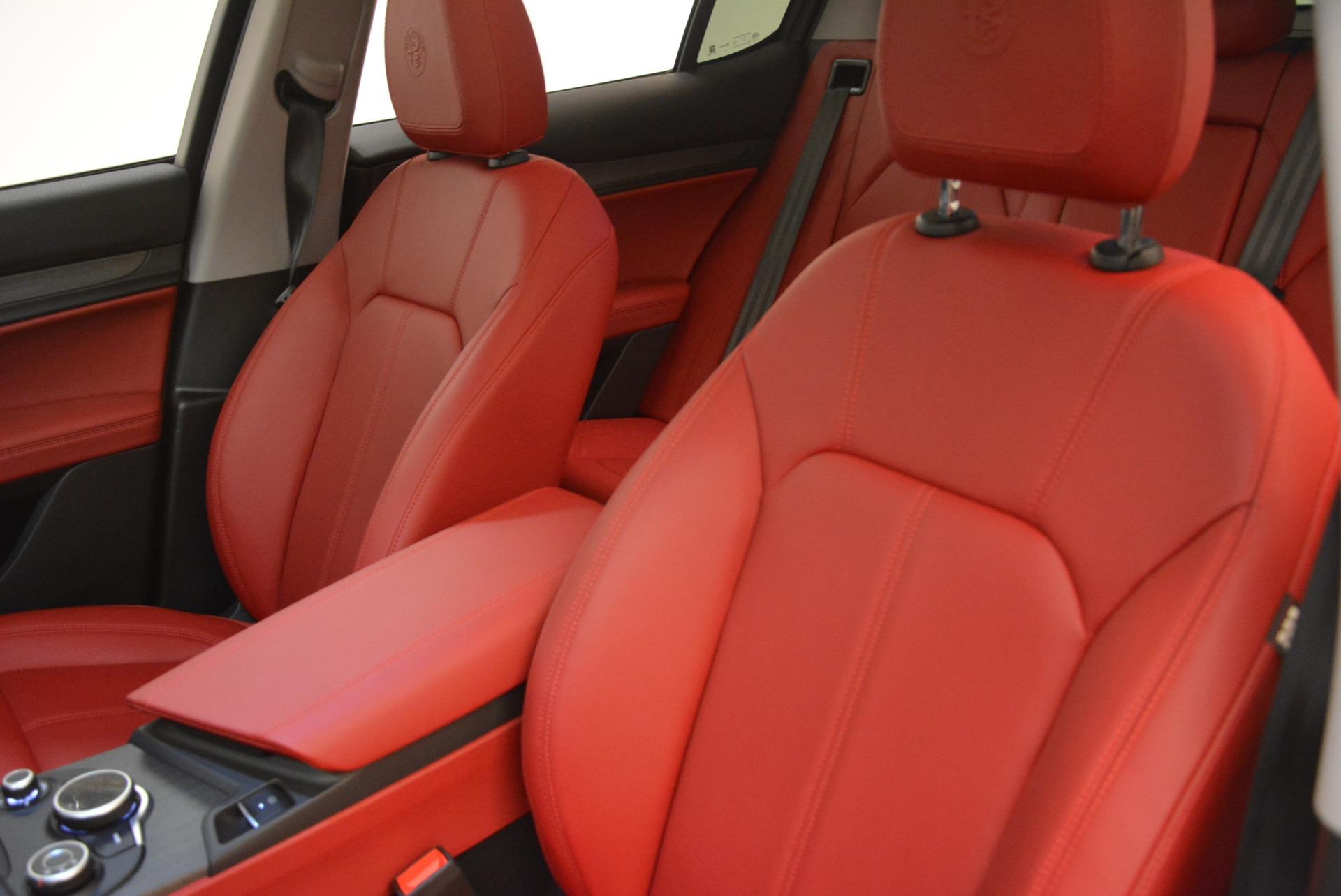 New 2018 Alfa Romeo Stelvio Ti Q4 For Sale In Greenwich, CT. Alfa Romeo of Greenwich, LW041 1593_p15