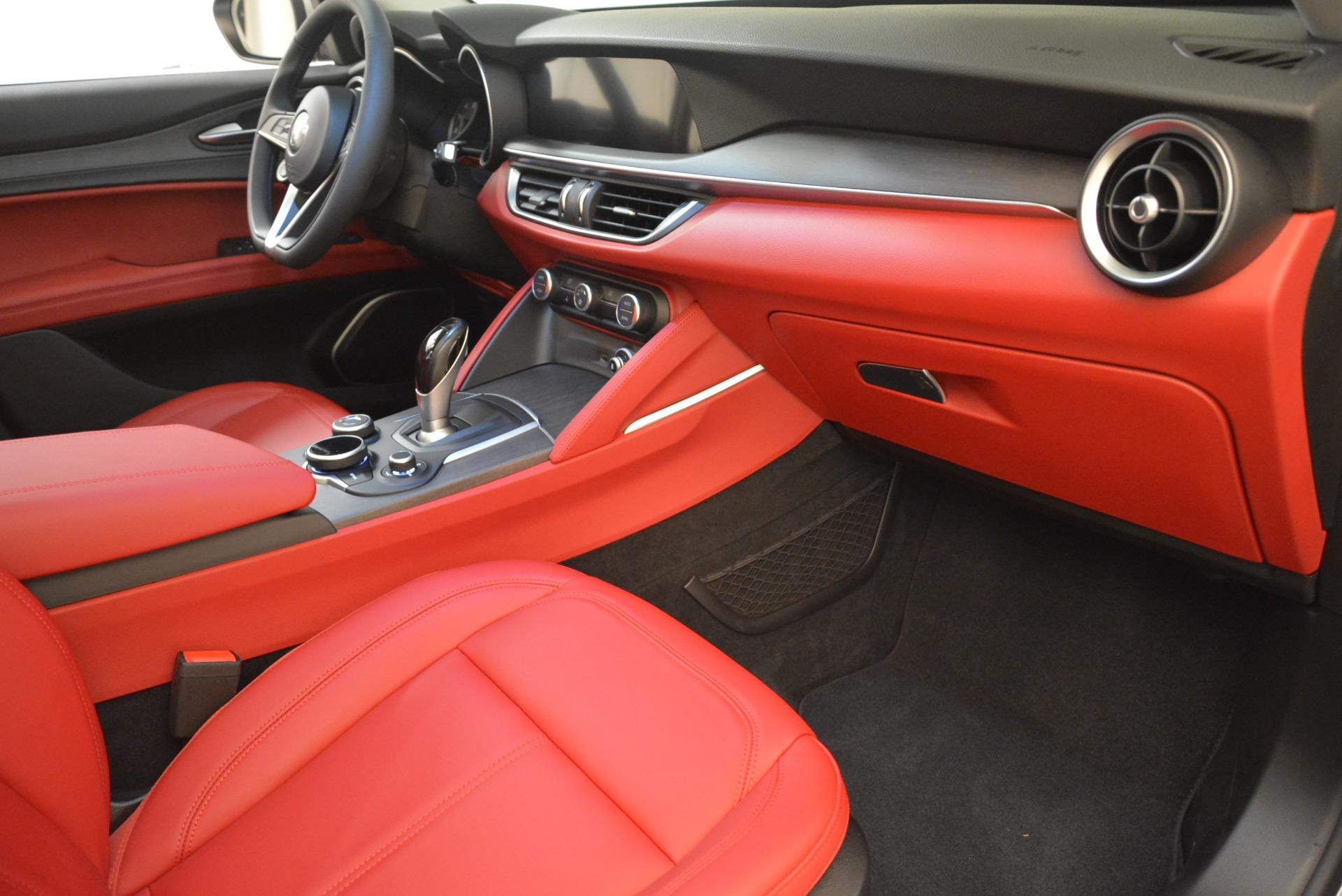 New 2018 Alfa Romeo Stelvio Ti Q4 For Sale In Greenwich, CT. Alfa Romeo of Greenwich, LW041 1593_p19