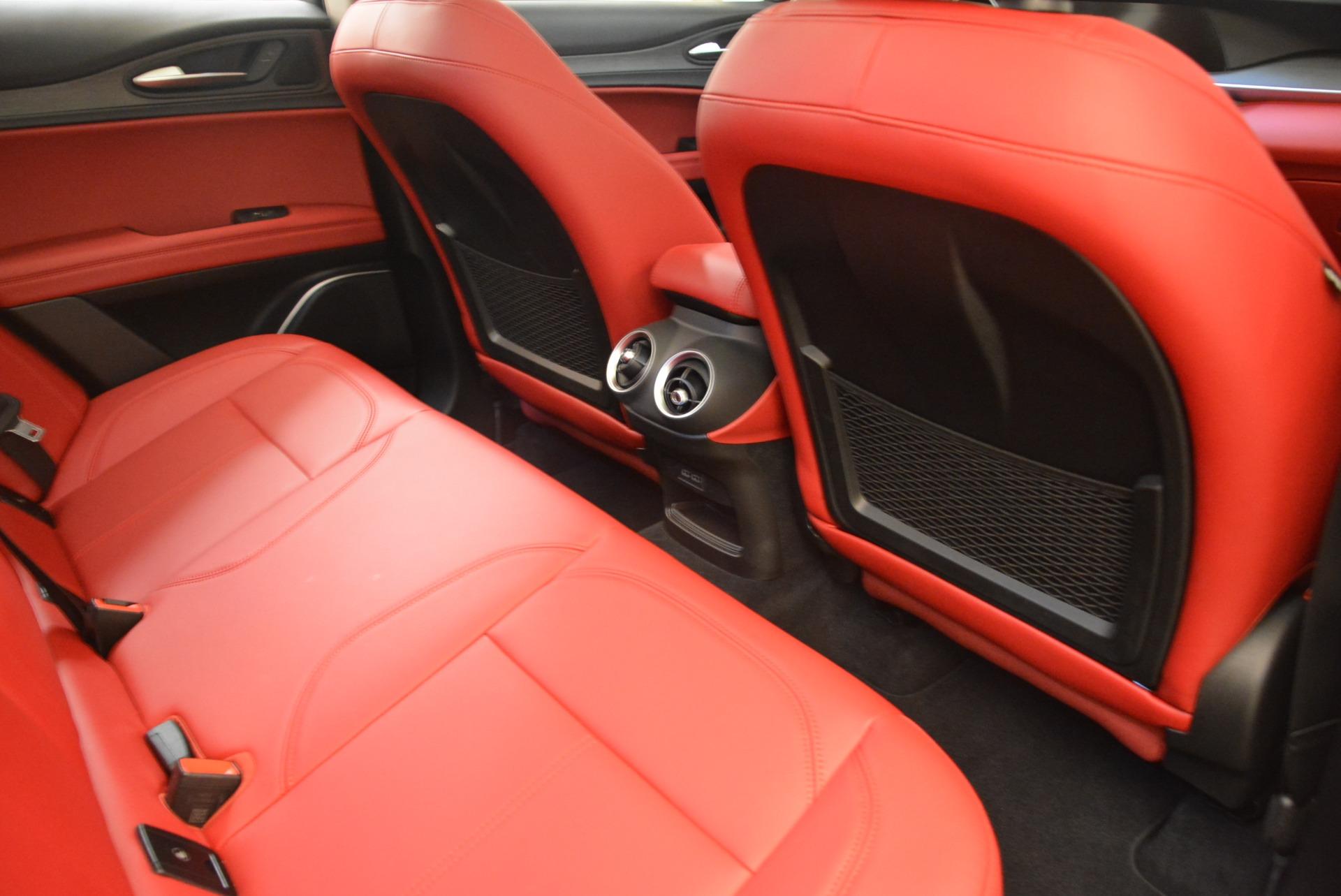 New 2018 Alfa Romeo Stelvio Ti Q4 For Sale In Greenwich, CT. Alfa Romeo of Greenwich, LW041 1593_p22