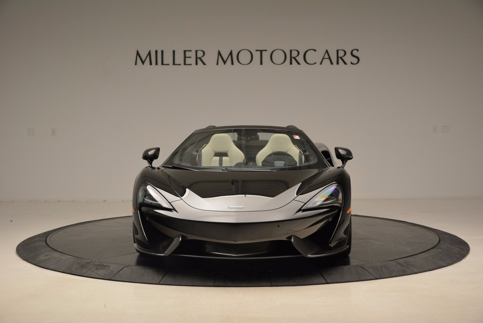 New 2018 McLaren 570S Spider  For Sale In Greenwich, CT. Alfa Romeo of Greenwich, MC317 1595_p12