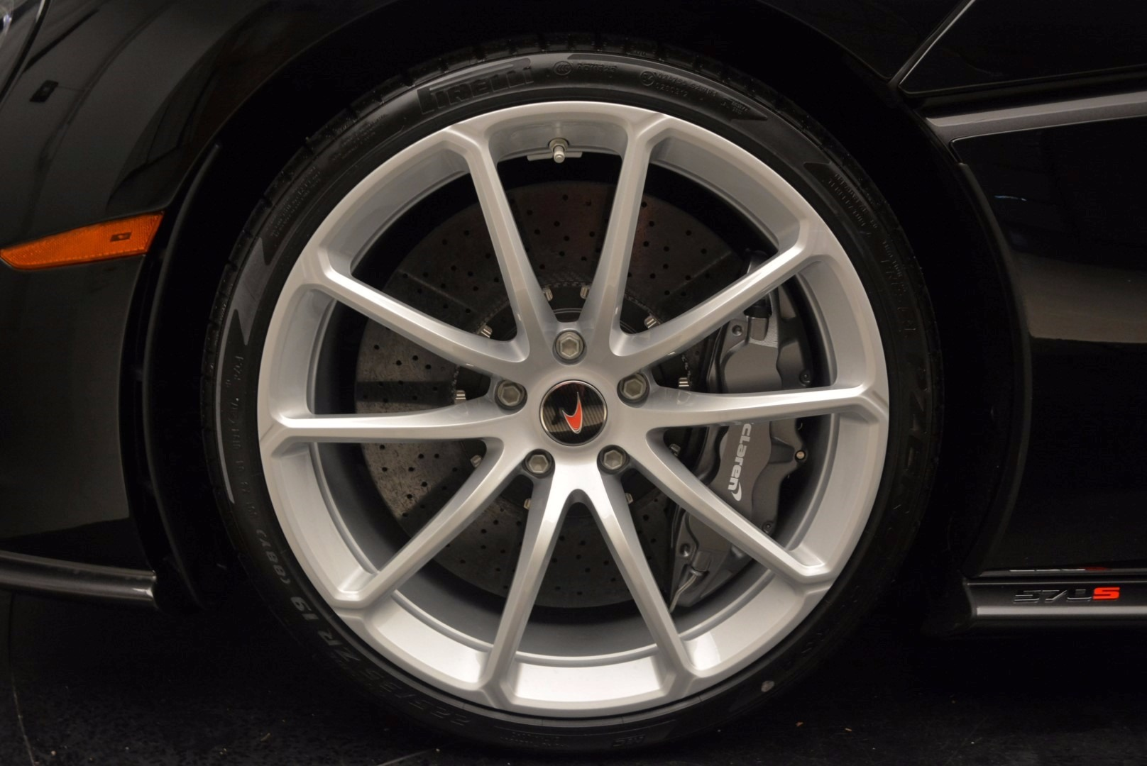 New 2018 McLaren 570S Spider  For Sale In Greenwich, CT. Alfa Romeo of Greenwich, MC317 1595_p22