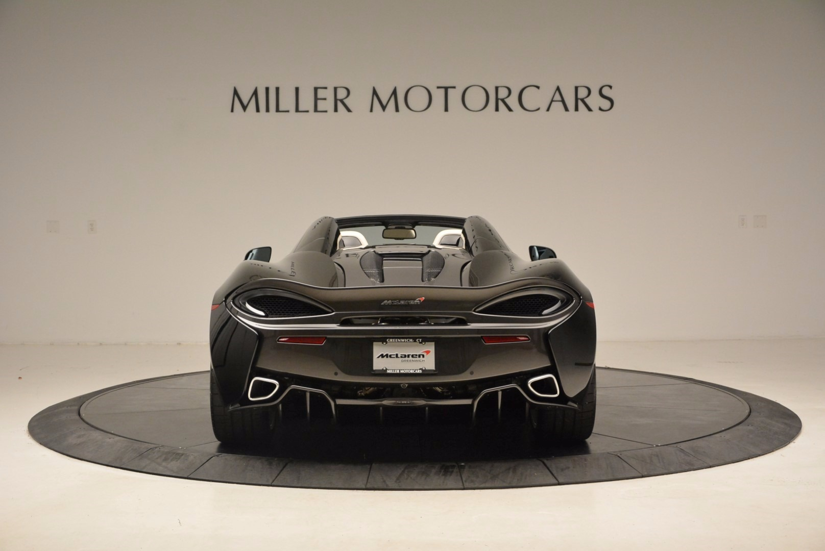 New 2018 McLaren 570S Spider  For Sale In Greenwich, CT. Alfa Romeo of Greenwich, MC317 1595_p6