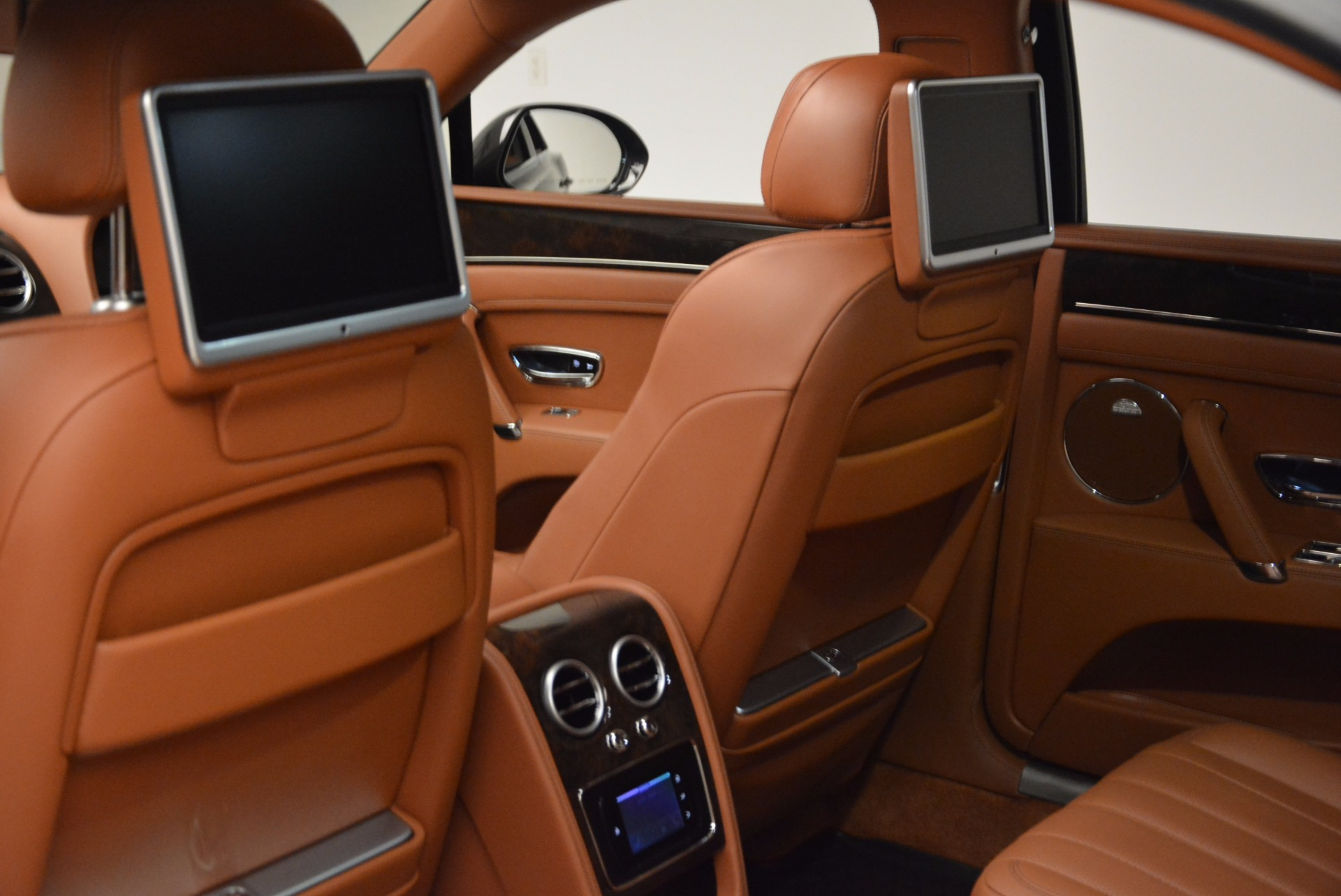 Used 2014 Bentley Flying Spur W12 For Sale In Greenwich, CT. Alfa Romeo of Greenwich, 4359A 1598_p32