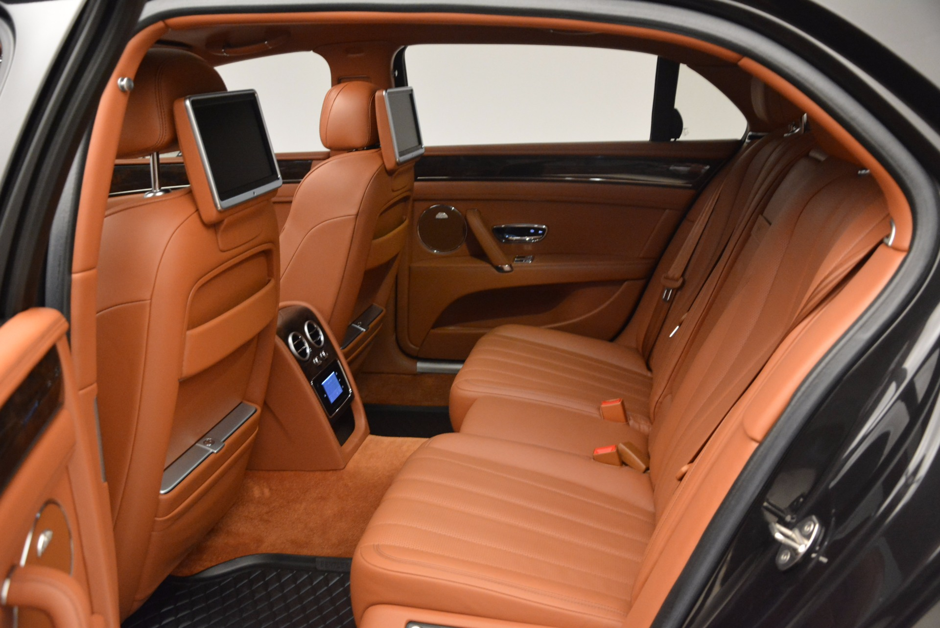 Used 2014 Bentley Flying Spur W12 For Sale In Greenwich, CT. Alfa Romeo of Greenwich, 4359A 1598_p33