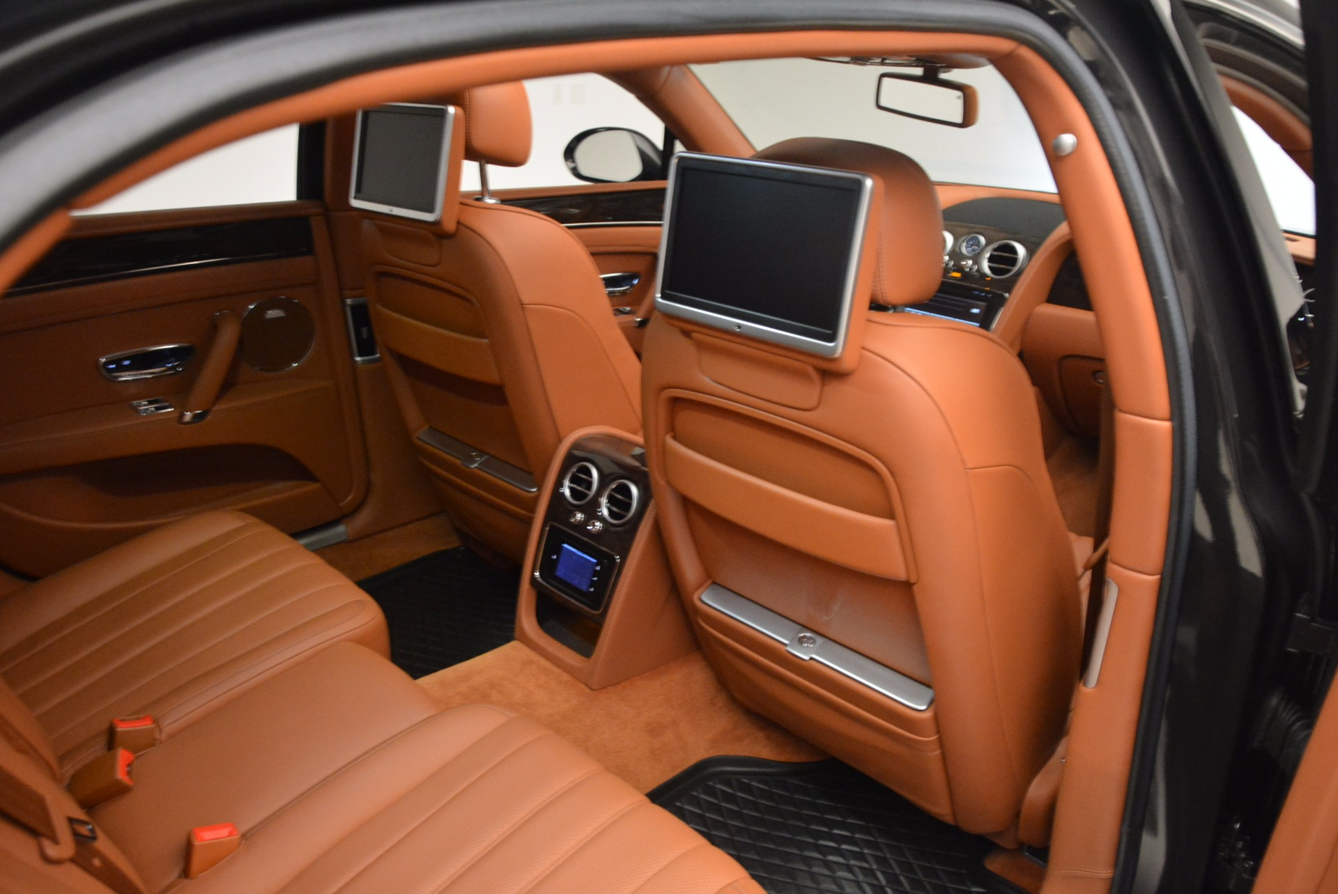 Used 2014 Bentley Flying Spur W12 For Sale In Greenwich, CT. Alfa Romeo of Greenwich, 4359A 1598_p36