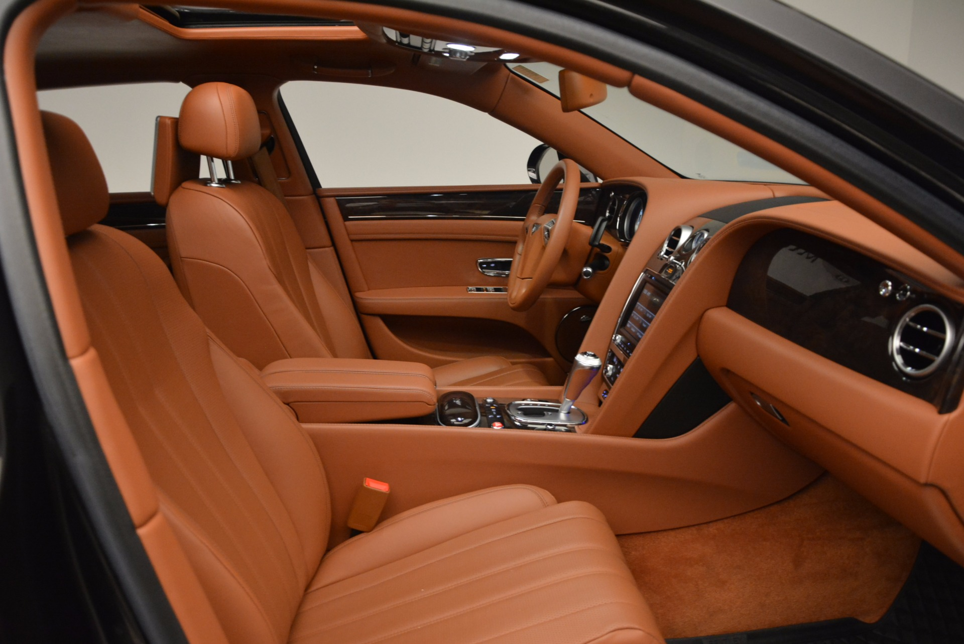 Used 2014 Bentley Flying Spur W12 For Sale In Greenwich, CT. Alfa Romeo of Greenwich, 4359A 1598_p39