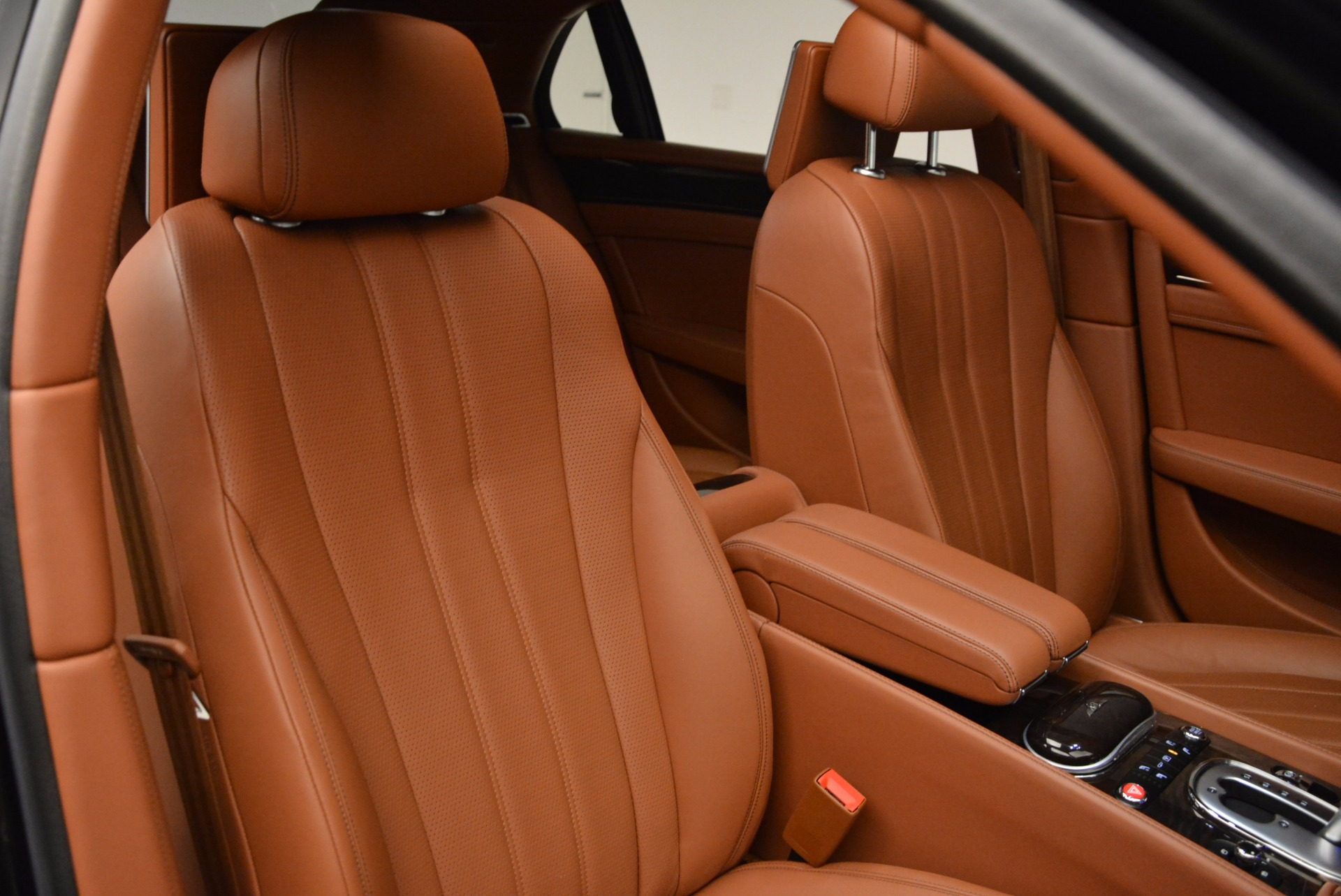 Used 2014 Bentley Flying Spur W12 For Sale In Greenwich, CT. Alfa Romeo of Greenwich, 4359A 1598_p41