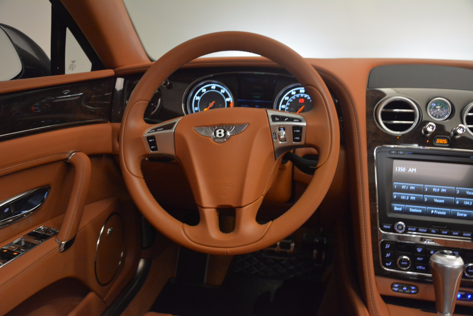 Used 2014 Bentley Flying Spur W12 For Sale In Greenwich, CT. Alfa Romeo of Greenwich, 4359A 1598_p44