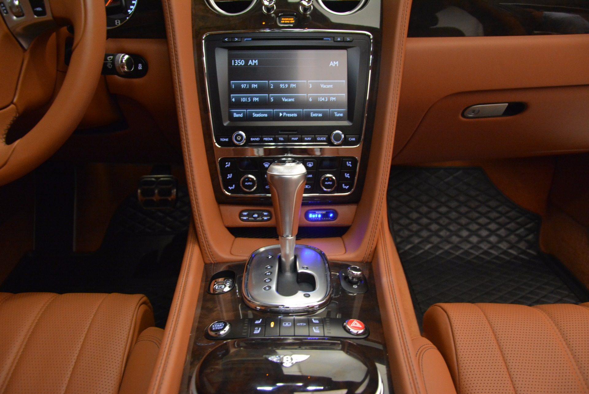 Used 2014 Bentley Flying Spur W12 For Sale In Greenwich, CT. Alfa Romeo of Greenwich, 4359A 1598_p45
