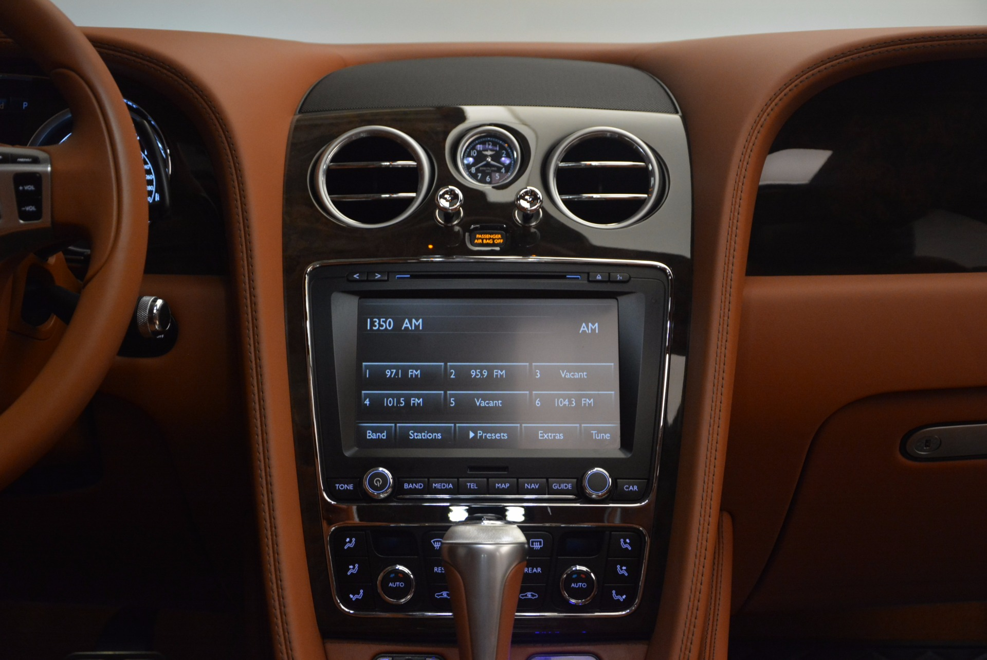 Used 2014 Bentley Flying Spur W12 For Sale In Greenwich, CT. Alfa Romeo of Greenwich, 4359A 1598_p46