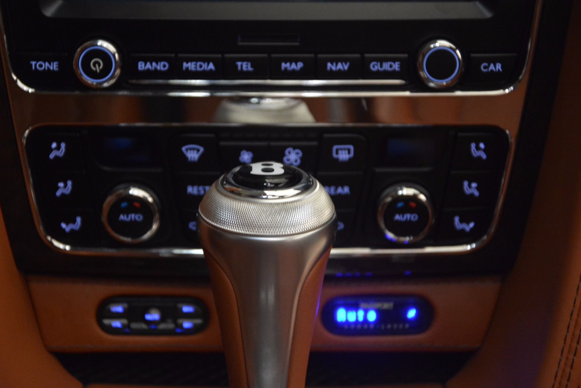 Used 2014 Bentley Flying Spur W12 For Sale In Greenwich, CT. Alfa Romeo of Greenwich, 4359A 1598_p47