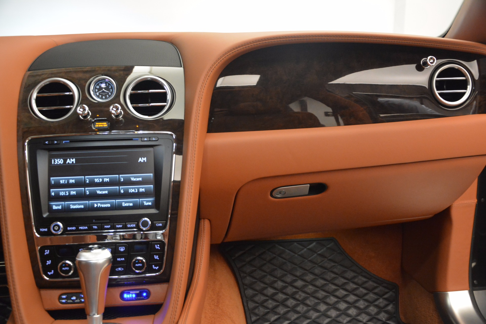 Used 2014 Bentley Flying Spur W12 For Sale In Greenwich, CT. Alfa Romeo of Greenwich, 4359A 1598_p48