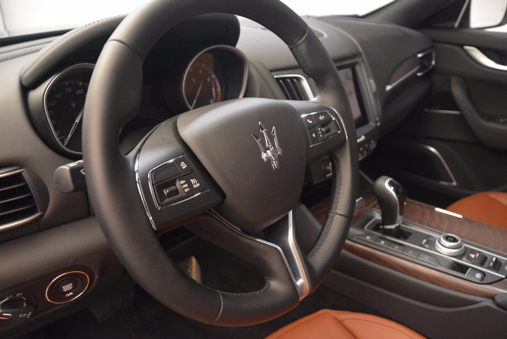 New 2018 Maserati Levante Q4 GranLusso For Sale In Greenwich, CT. Alfa Romeo of Greenwich, M1945 1599_p16