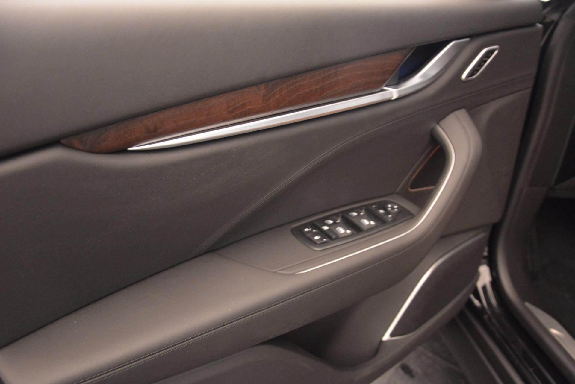 New 2018 Maserati Levante Q4 GranLusso For Sale In Greenwich, CT. Alfa Romeo of Greenwich, M1945 1599_p17