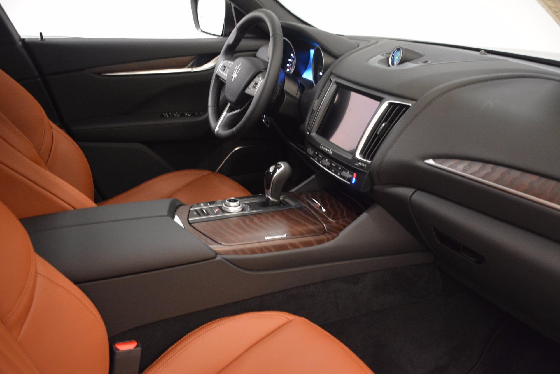 New 2018 Maserati Levante Q4 GranLusso For Sale In Greenwich, CT. Alfa Romeo of Greenwich, M1945 1599_p21