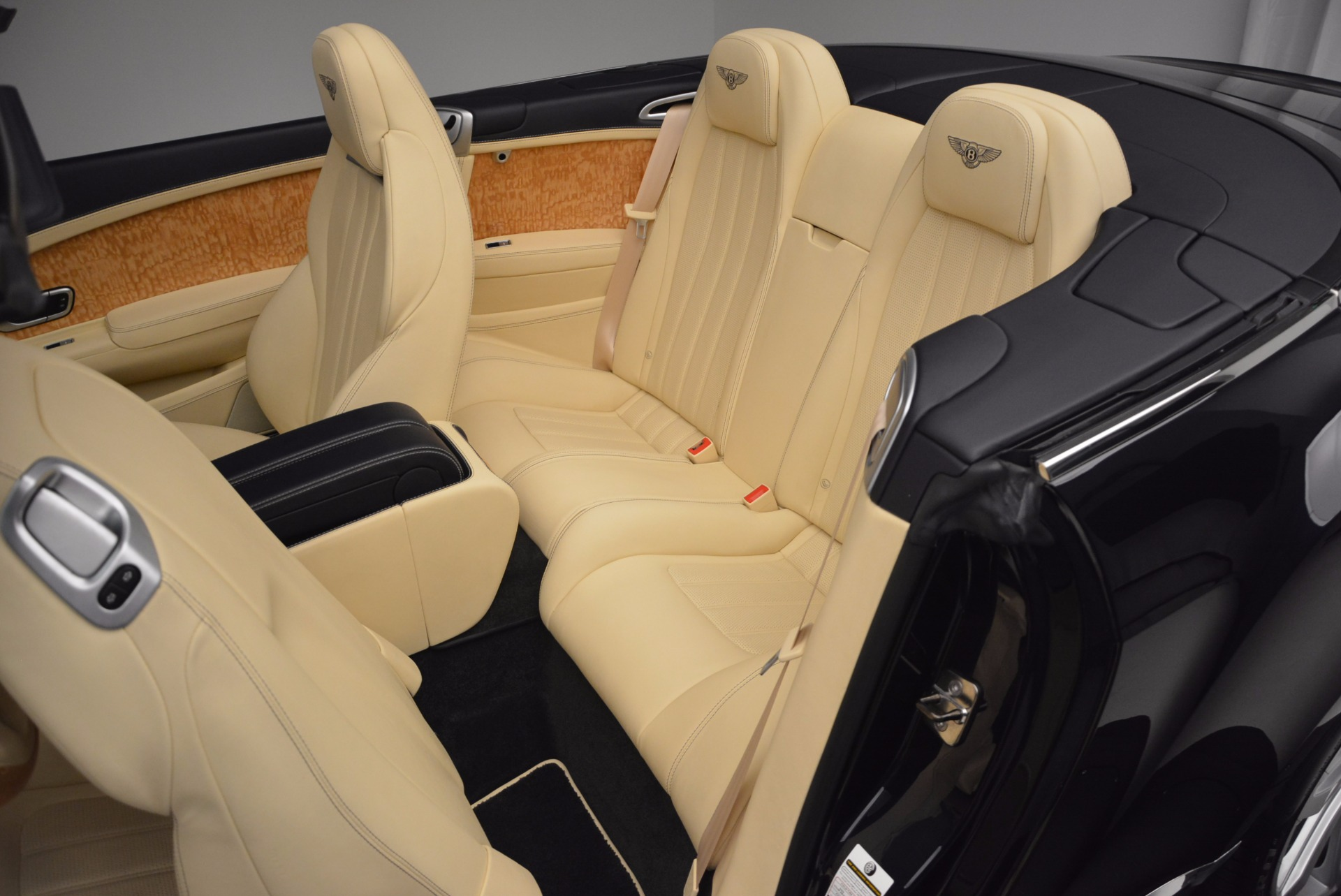 Used 2012 Bentley Continental GTC  For Sale In Greenwich, CT. Alfa Romeo of Greenwich, 7010 16_p37