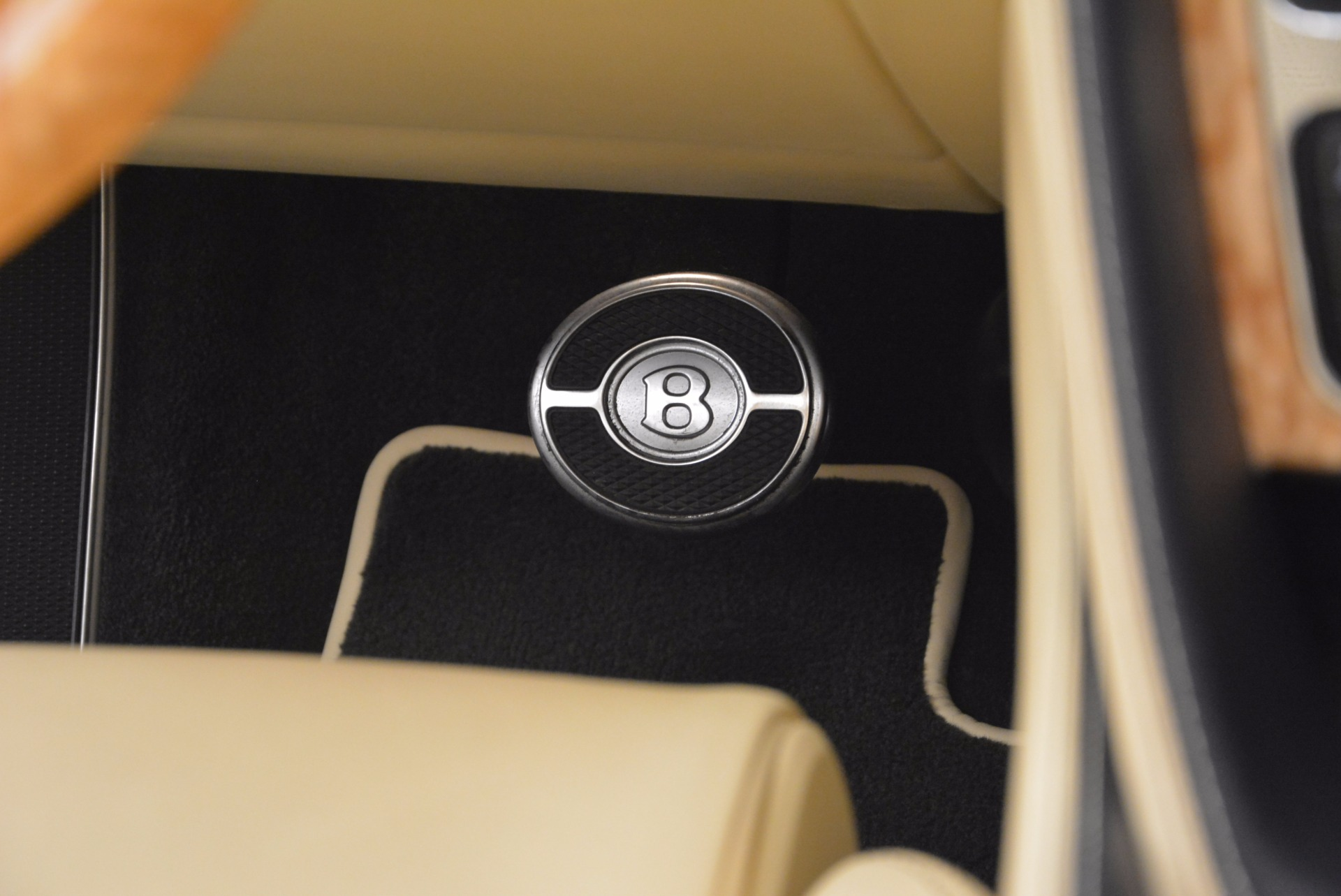 Used 2012 Bentley Continental GTC  For Sale In Greenwich, CT. Alfa Romeo of Greenwich, 7010 16_p43