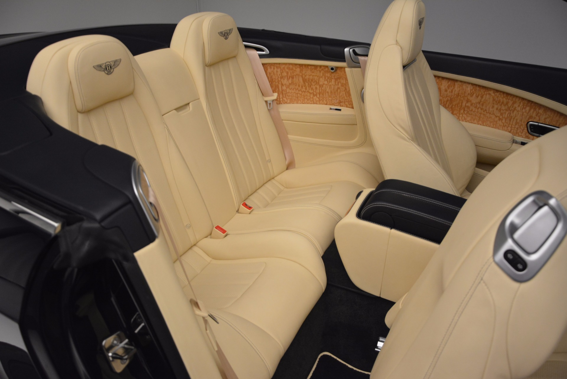Used 2012 Bentley Continental GTC  For Sale In Greenwich, CT. Alfa Romeo of Greenwich, 7010 16_p47