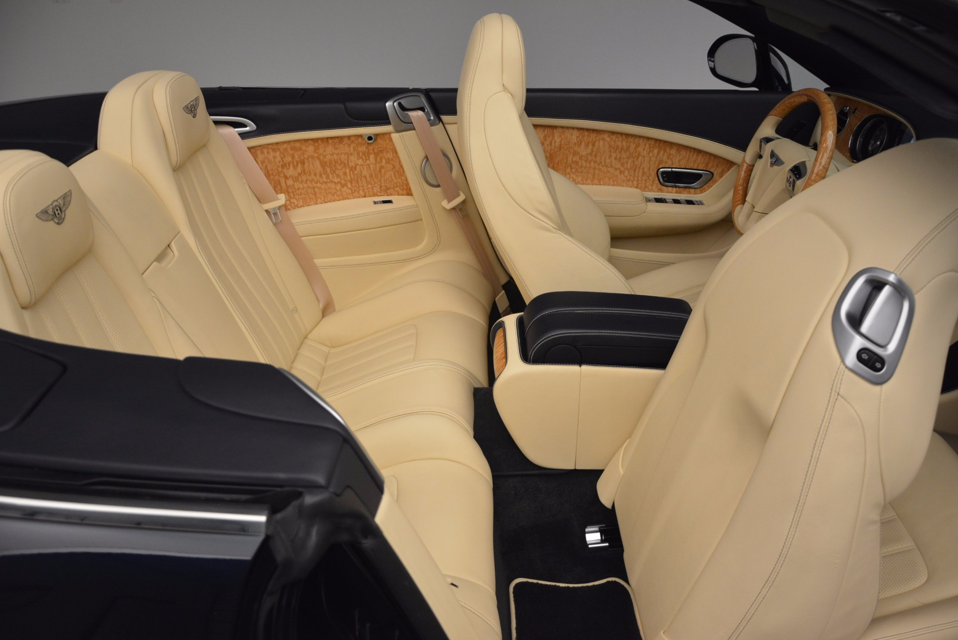 Used 2012 Bentley Continental GTC  For Sale In Greenwich, CT. Alfa Romeo of Greenwich, 7010 16_p48