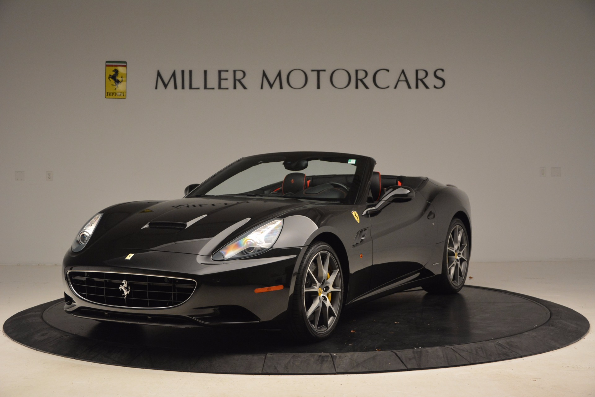 Used 2013 Ferrari California  For Sale In Greenwich, CT. Alfa Romeo of Greenwich, 4416 1603_main