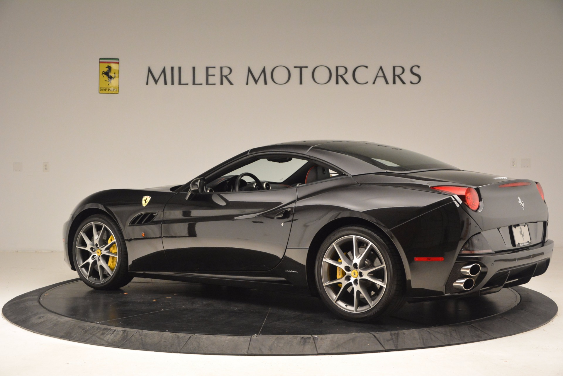 Used 2013 Ferrari California  For Sale In Greenwich, CT. Alfa Romeo of Greenwich, 4416 1603_p16