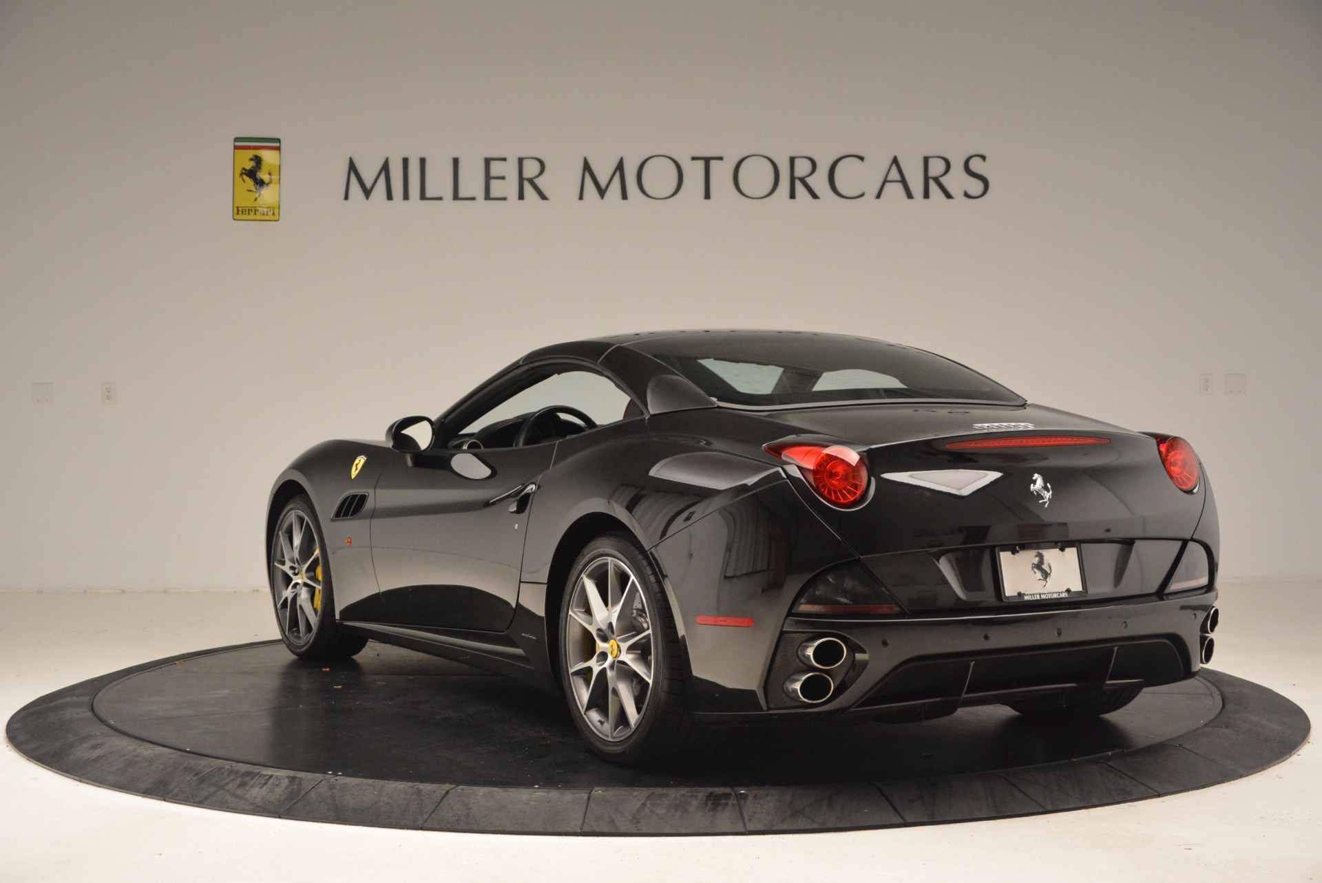 Used 2013 Ferrari California  For Sale In Greenwich, CT. Alfa Romeo of Greenwich, 4416 1603_p17