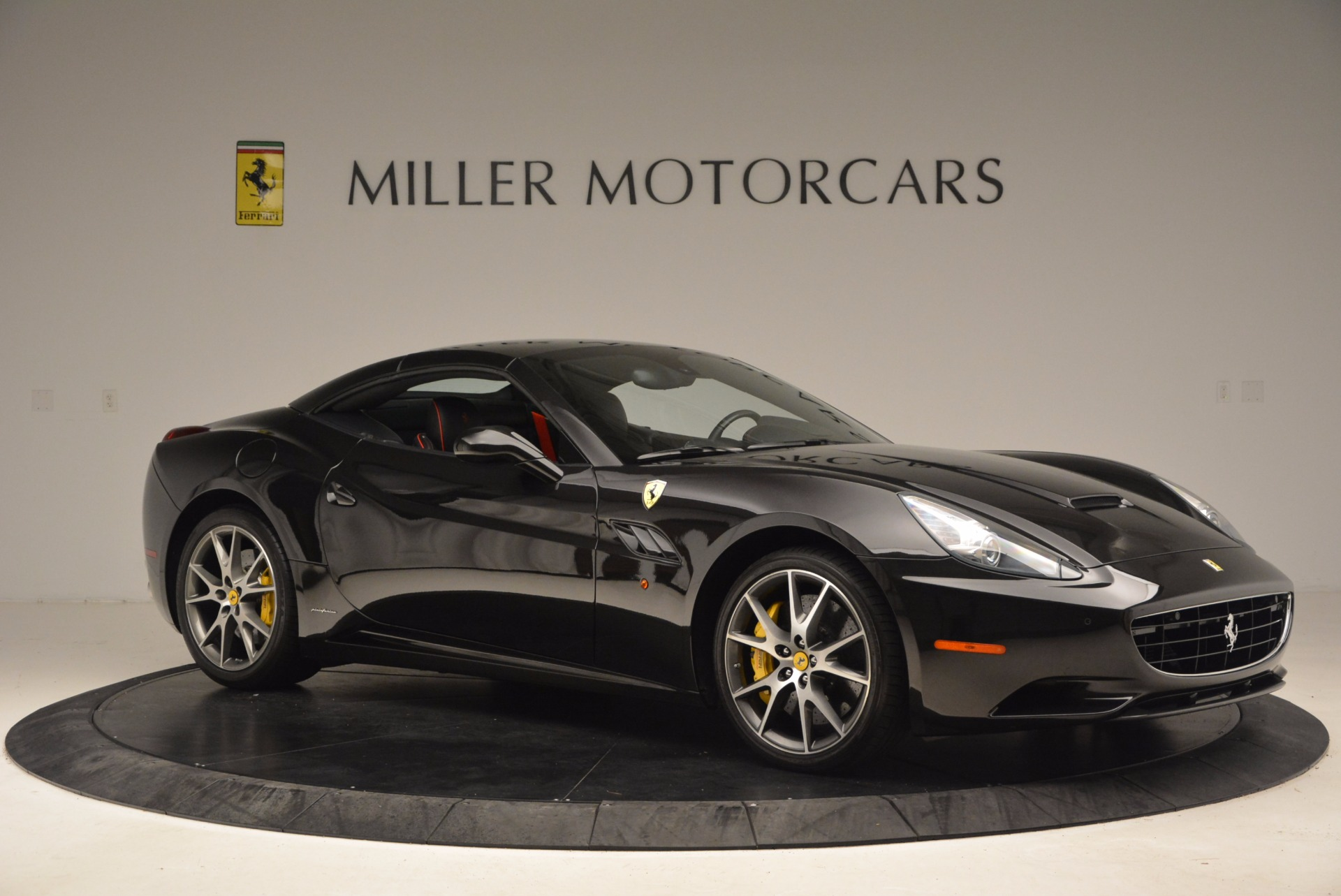 Used 2013 Ferrari California  For Sale In Greenwich, CT. Alfa Romeo of Greenwich, 4416 1603_p22