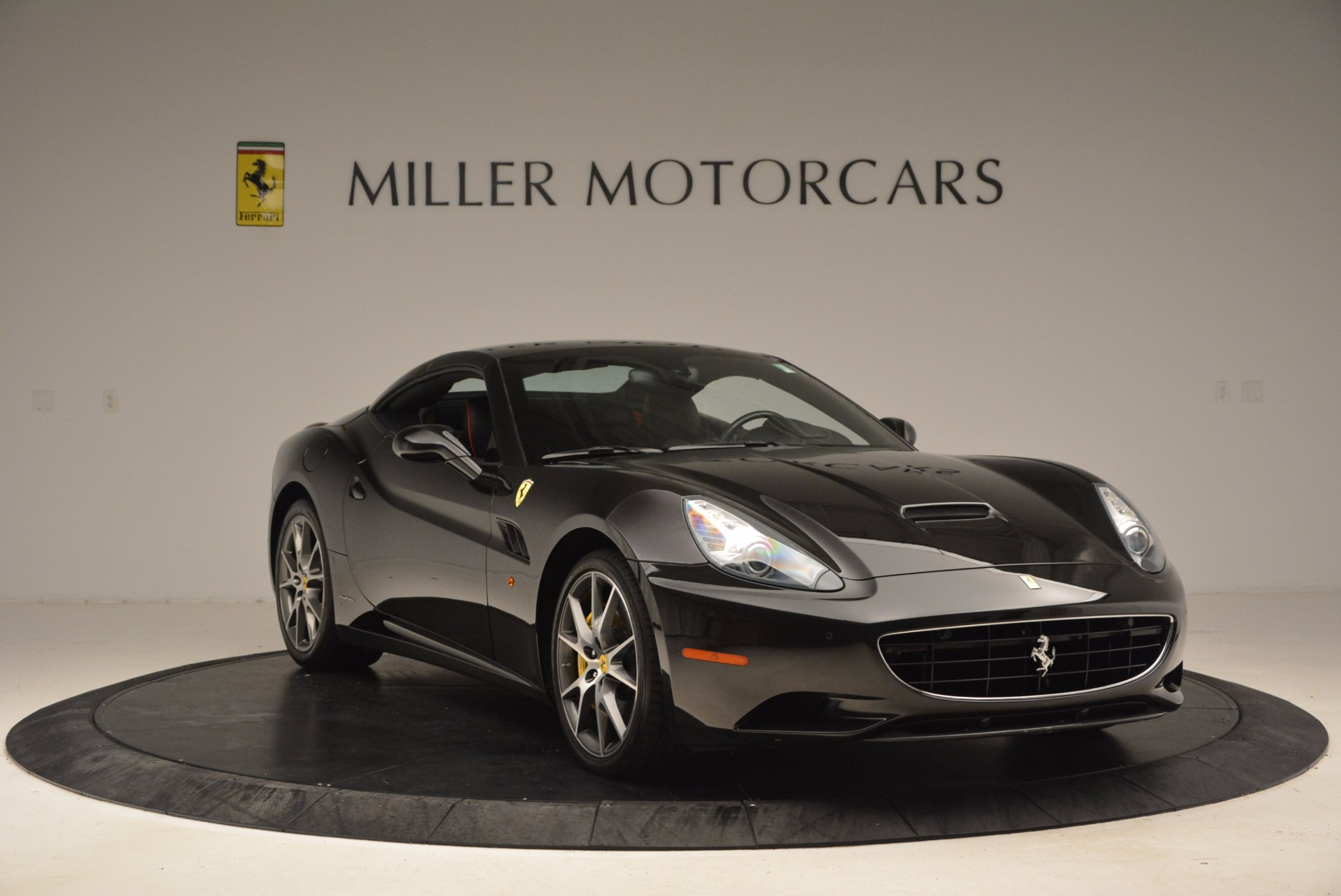 Used 2013 Ferrari California  For Sale In Greenwich, CT. Alfa Romeo of Greenwich, 4416 1603_p23