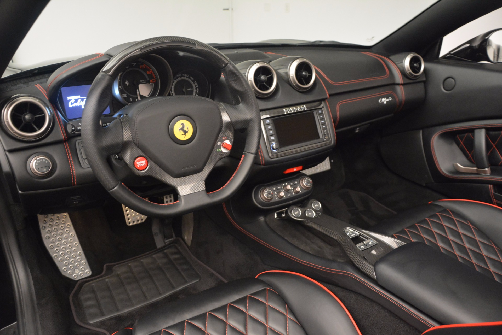Used 2013 Ferrari California  For Sale In Greenwich, CT. Alfa Romeo of Greenwich, 4416 1603_p25