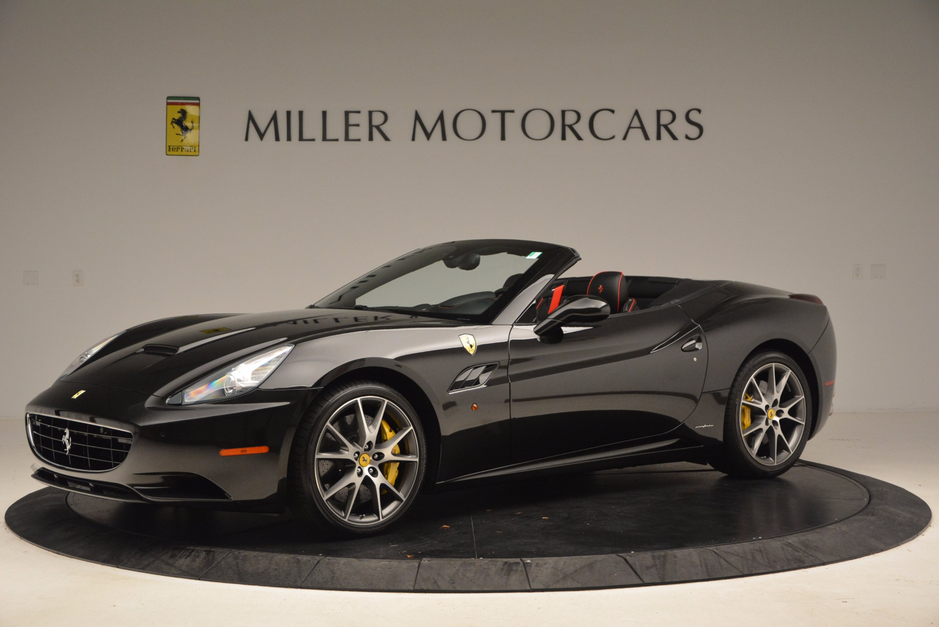 Used 2013 Ferrari California  For Sale In Greenwich, CT. Alfa Romeo of Greenwich, 4416 1603_p2