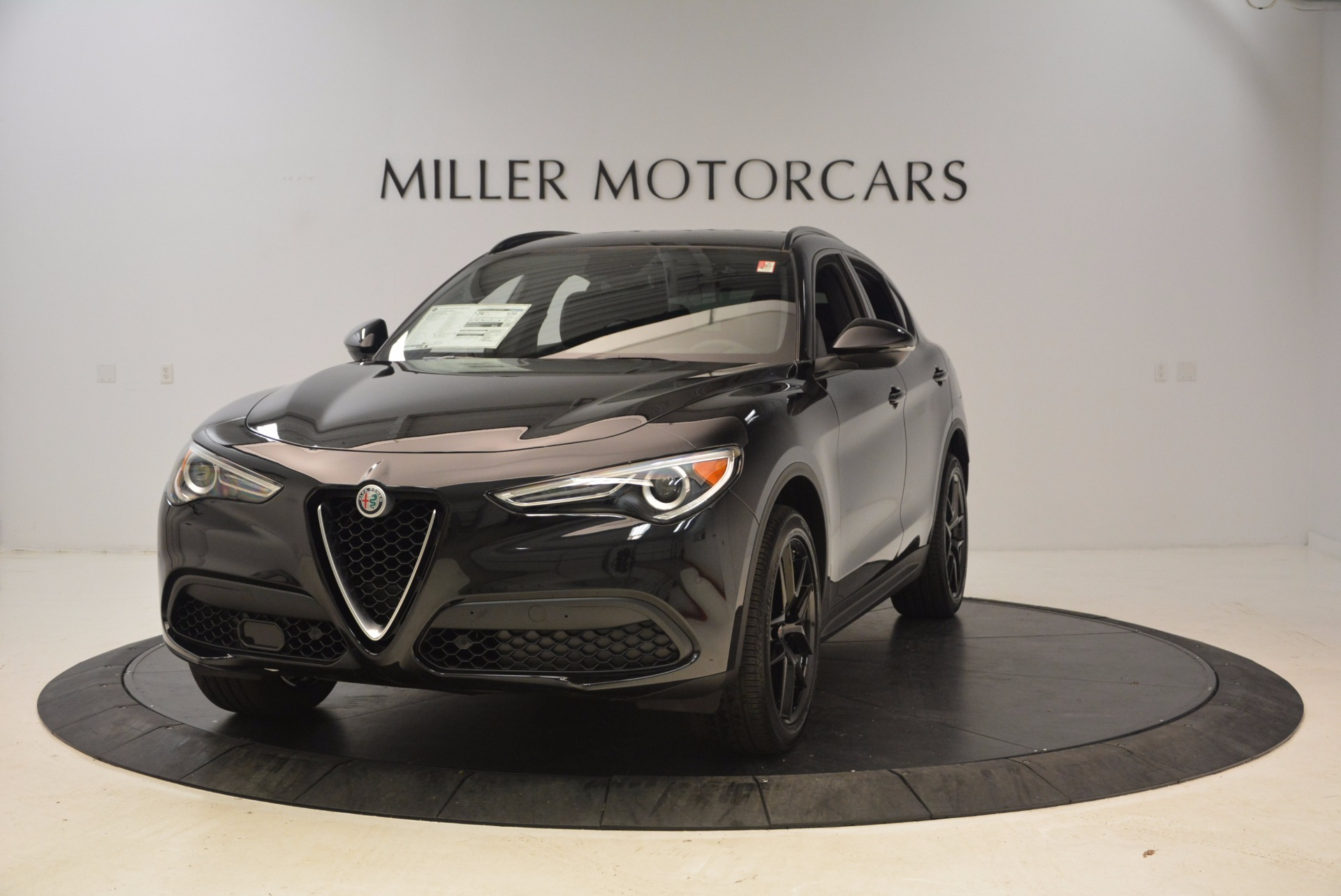 New 2018 Alfa Romeo Stelvio Ti Sport Q4 For Sale In Greenwich, CT. Alfa Romeo of Greenwich, LW085