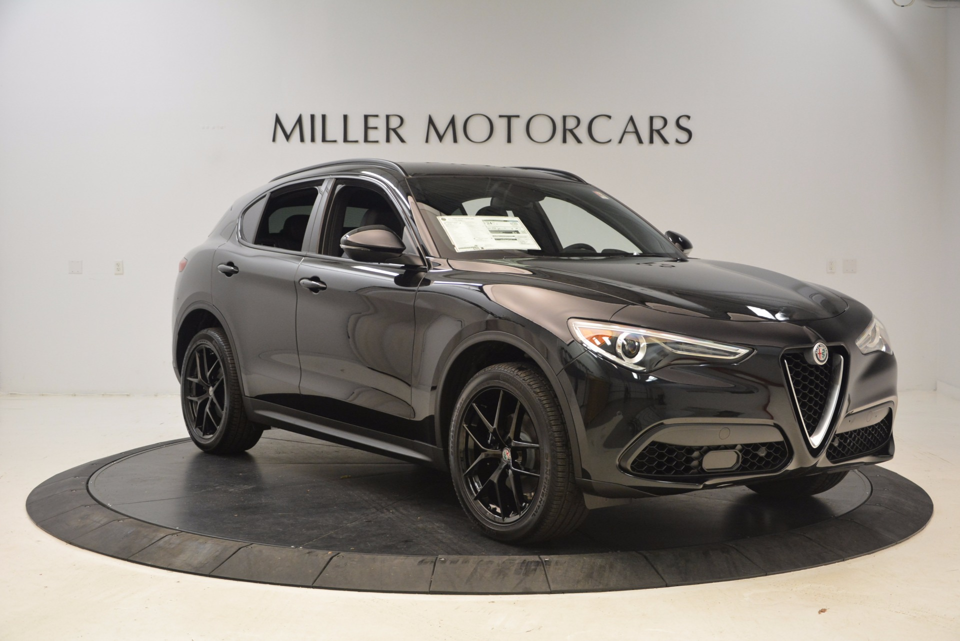 New 2018 Alfa Romeo Stelvio Ti Sport Q4 For Sale In Greenwich, CT. Alfa Romeo of Greenwich, LW085 1605_p11